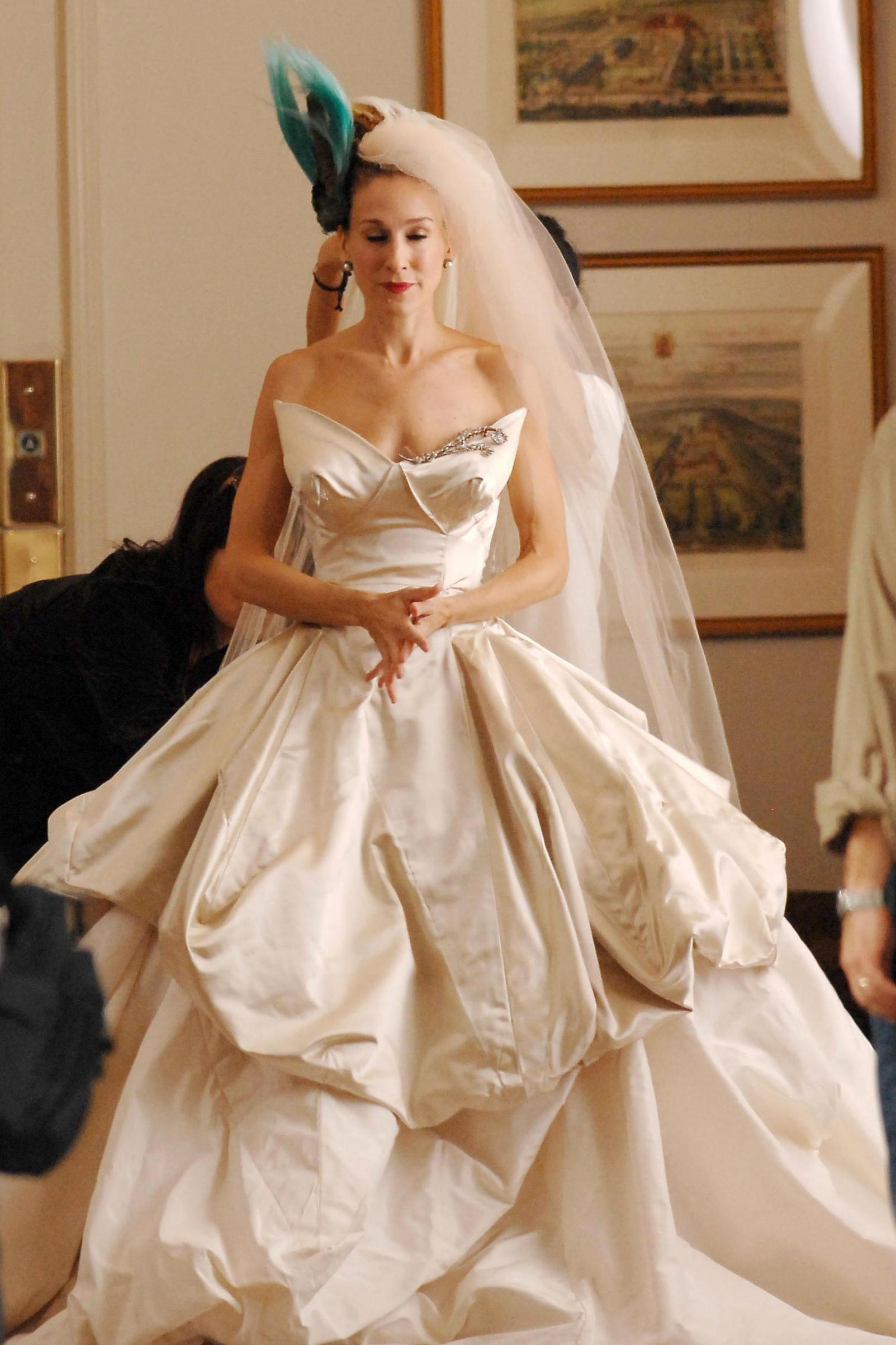 Miley Cyrus Wedding Dress.Miley Cyrus Marries Liam Hemsworth In Beautiful Vivienne Westwood