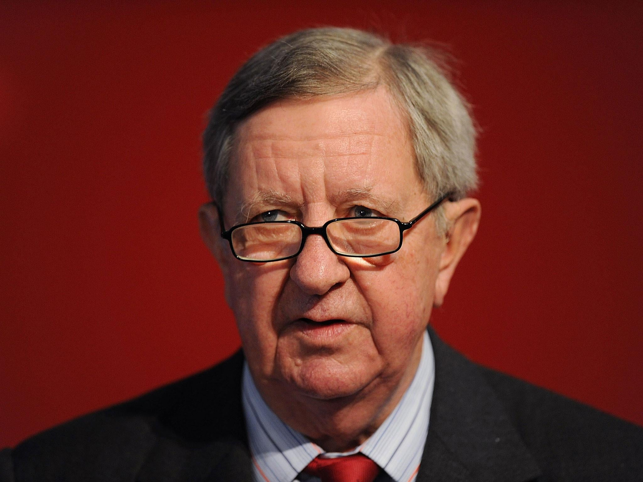 Peter Hill-Wood dead: Former Arsenal chairman dies, aged 82