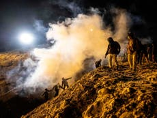 Mexico call on US to investigate use of tear gas at border