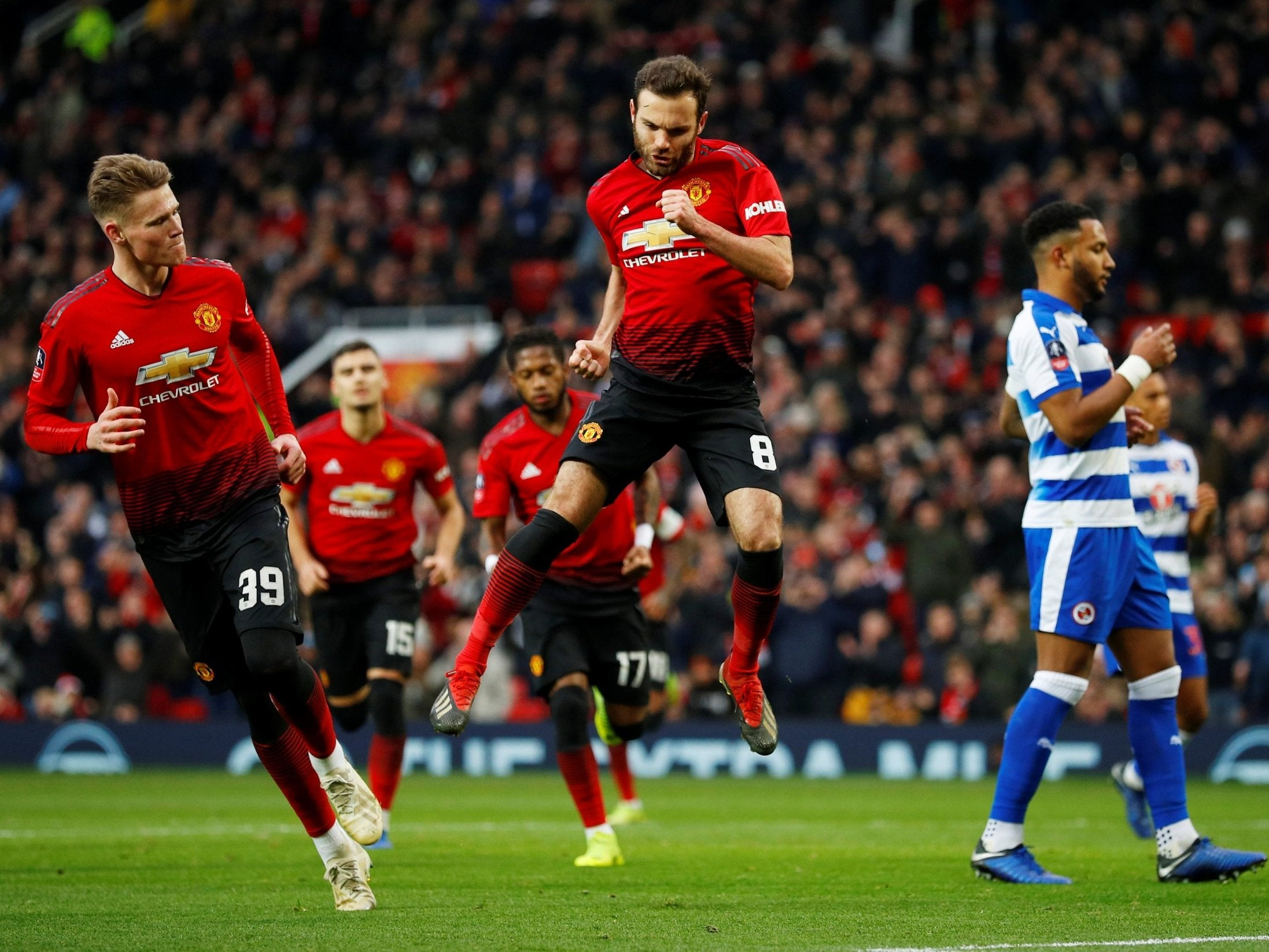 Manchester United vs Reading - LIVE: Score, goals and latest updates