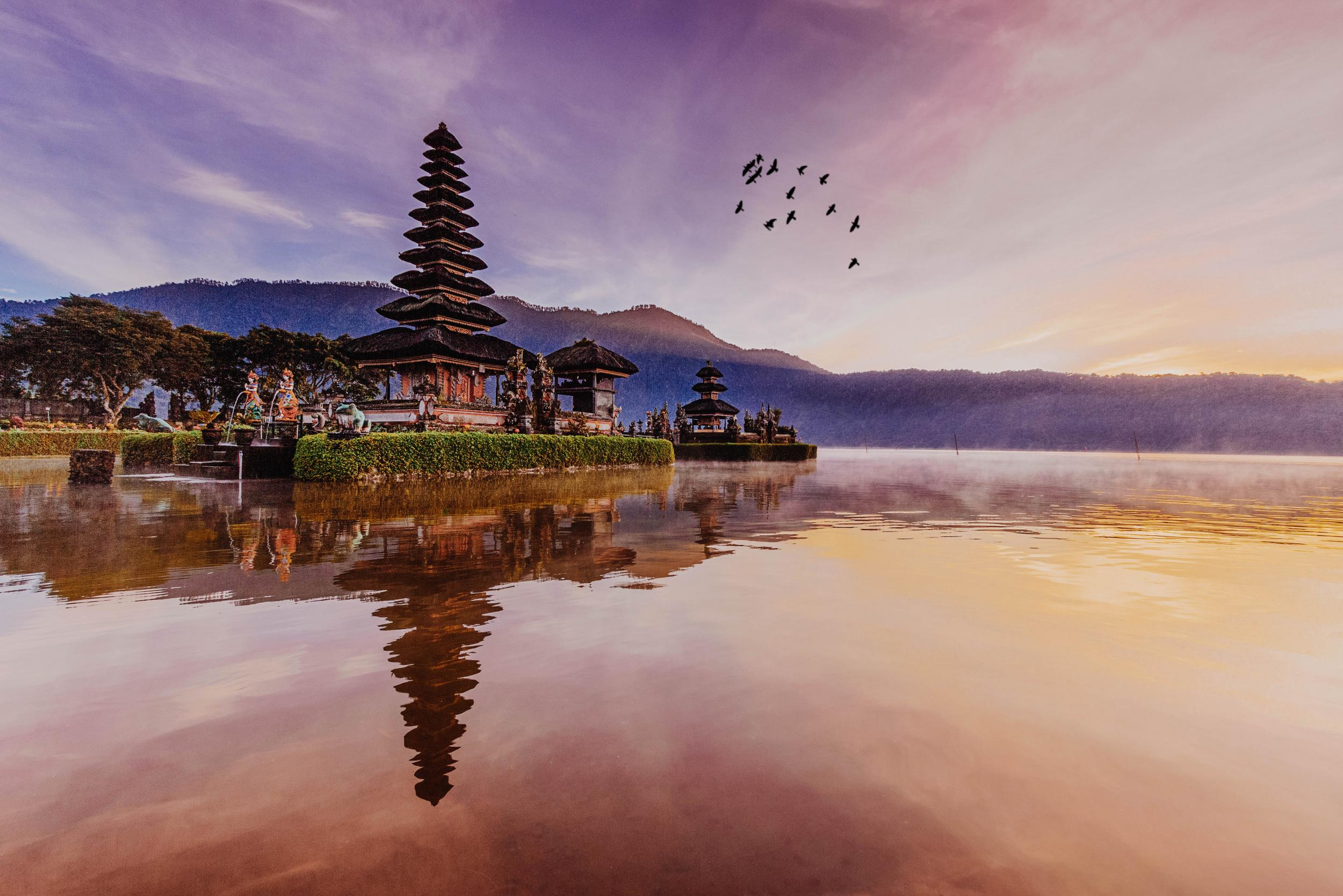 First direct flight from London to Bali to launch