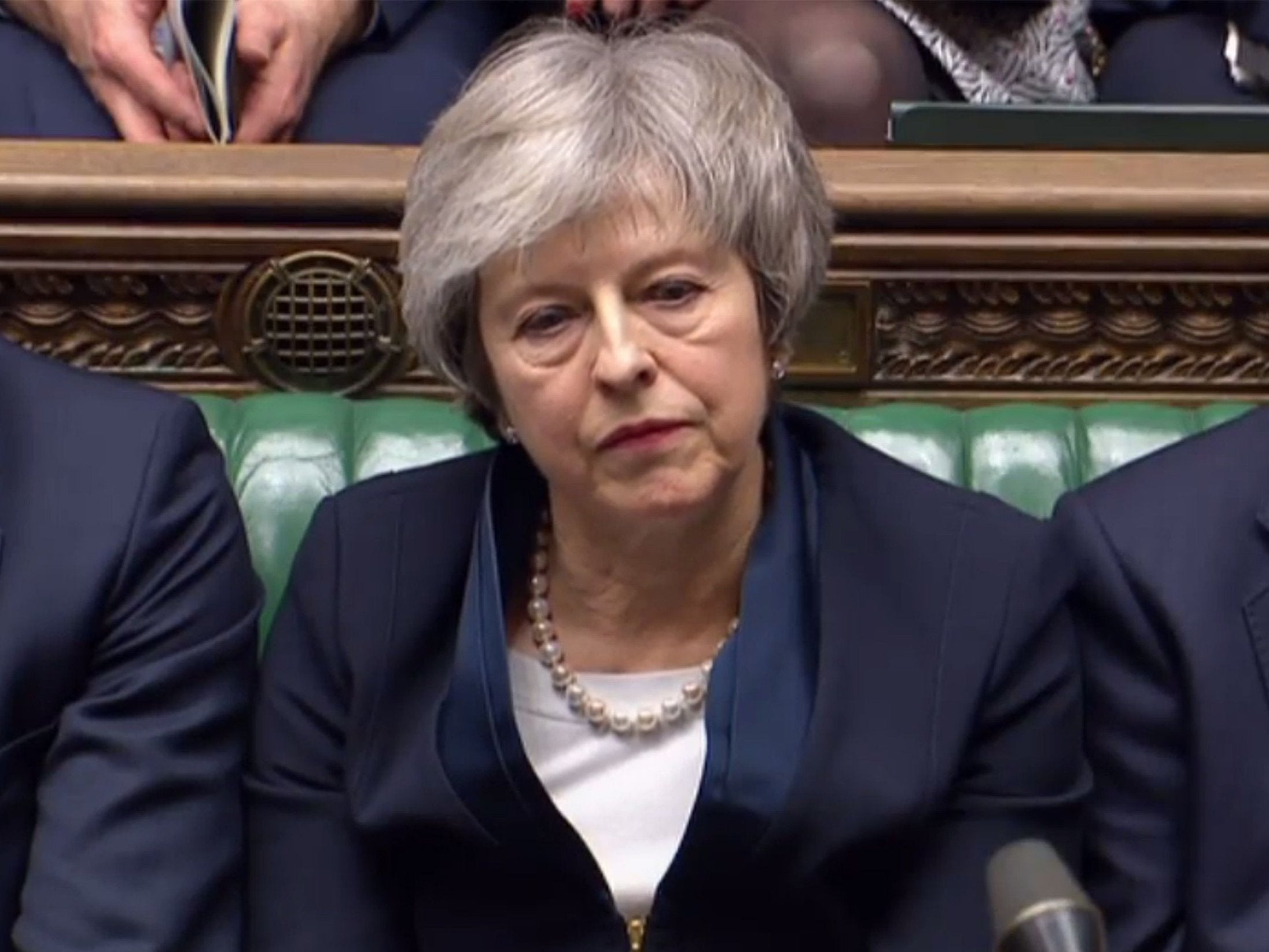 Brexit: Theresa May faces mistrust after a historic defeat at 230 votes - The Independent