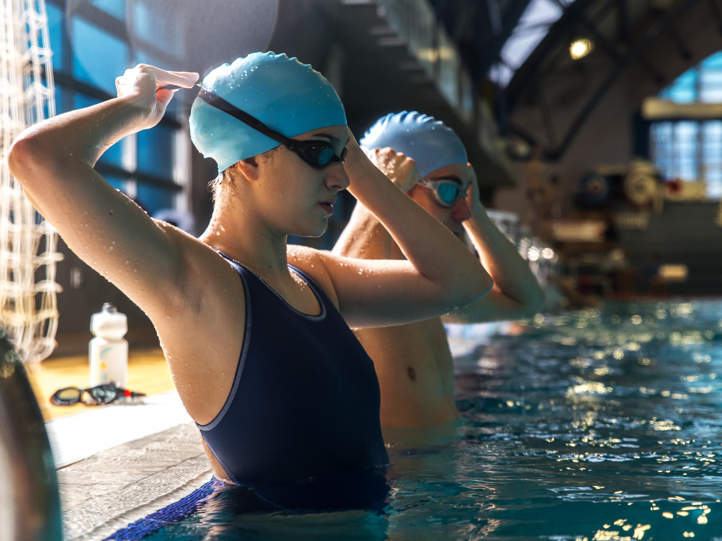 5725118e59f 10 best swimming caps | The Independent