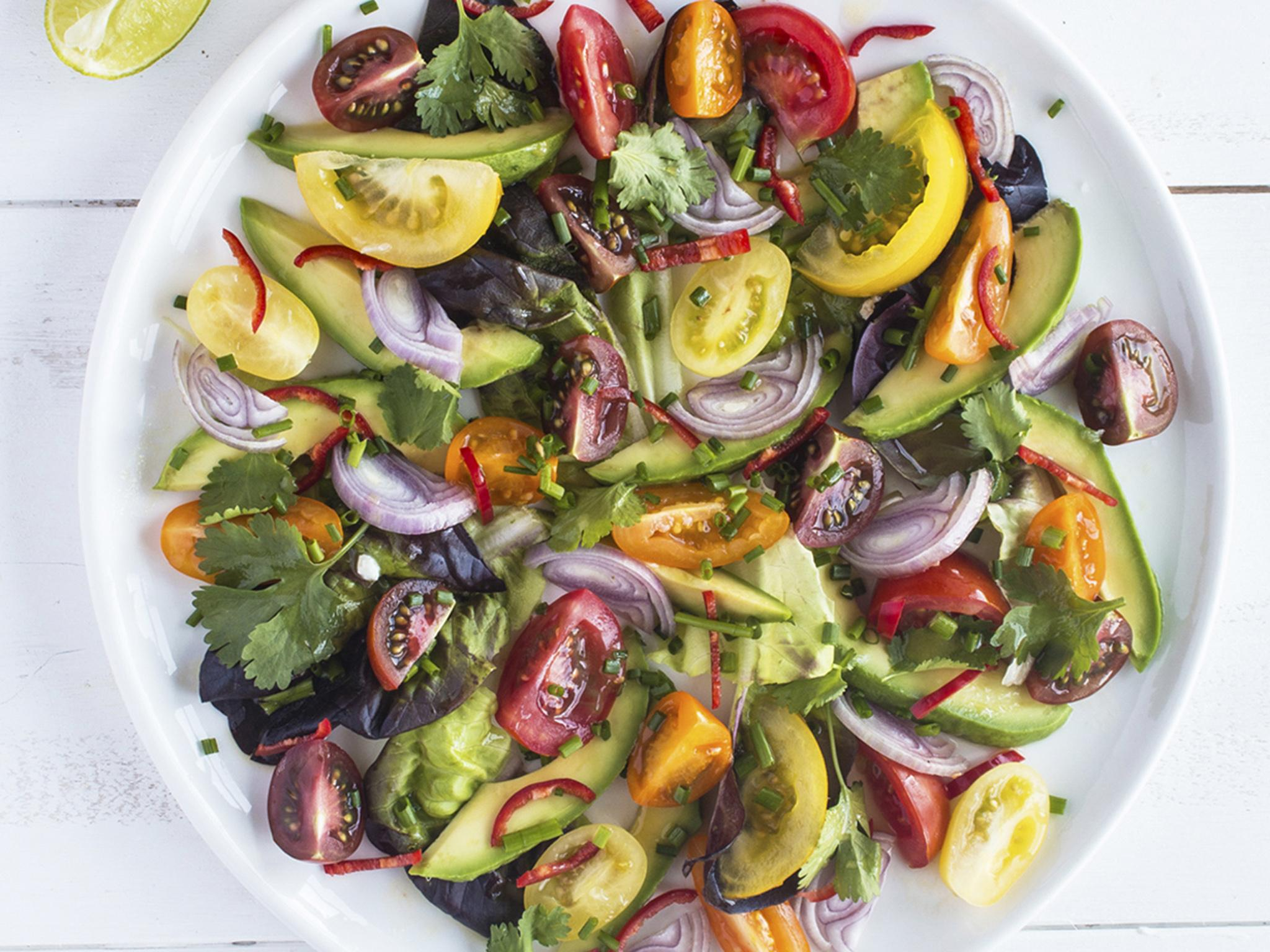 How to make tomato avocado and red onion salad with a lime and chill…