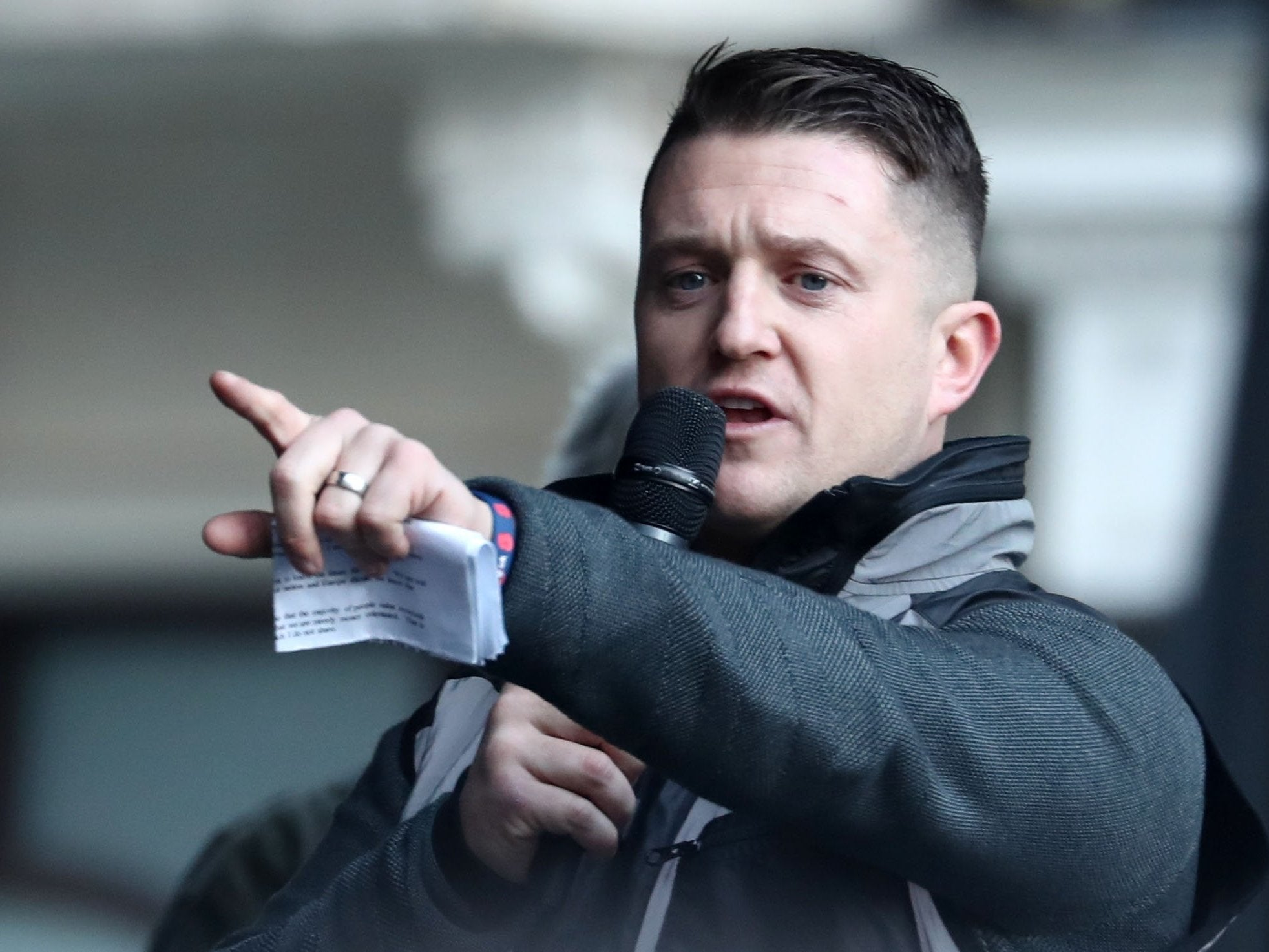 Tommy Robinson supporters send racist abuse to personal trainer over fitness class for Muslim women