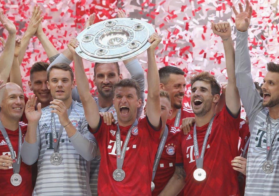 Bundesliga table: Bayern Munich hot up the title race while