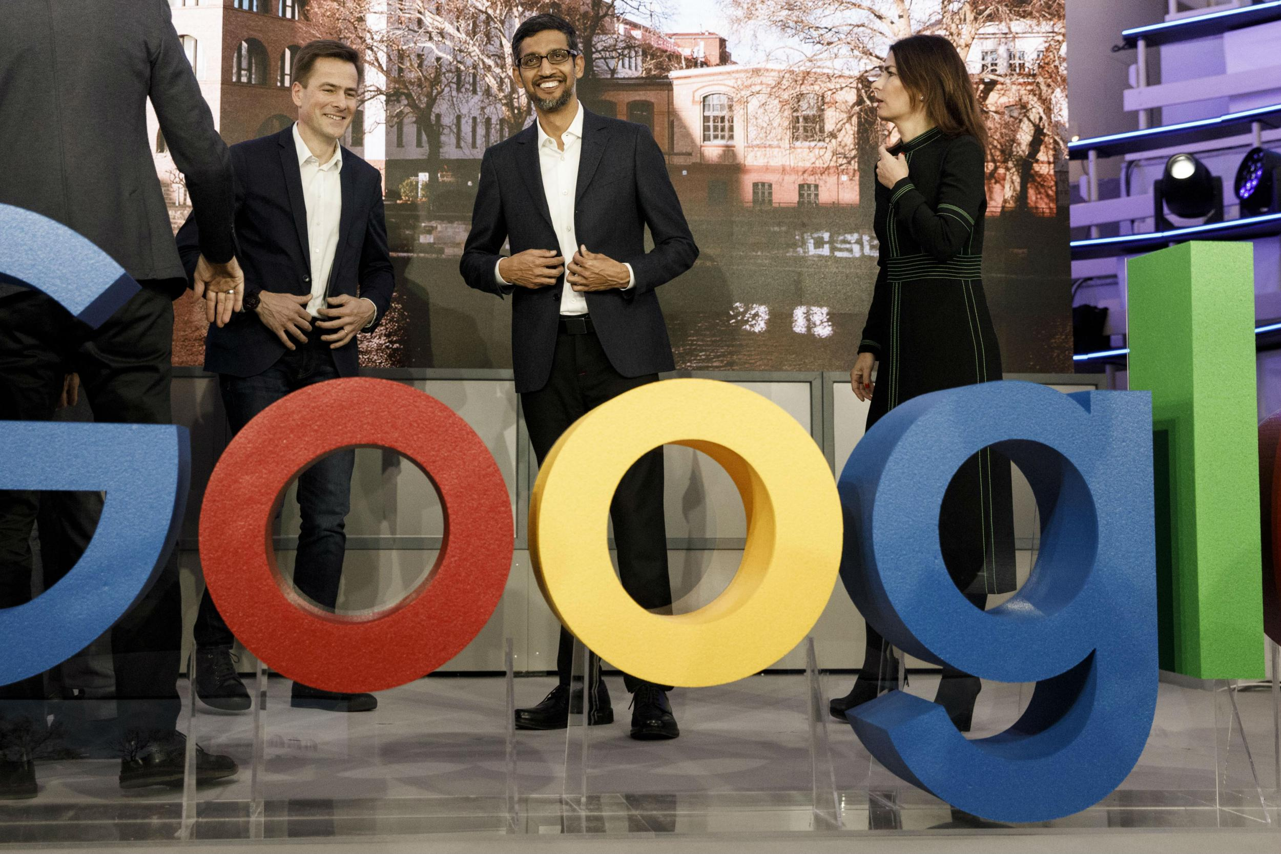 Google beats Wall Street expectations in strong fourth quarter earnings