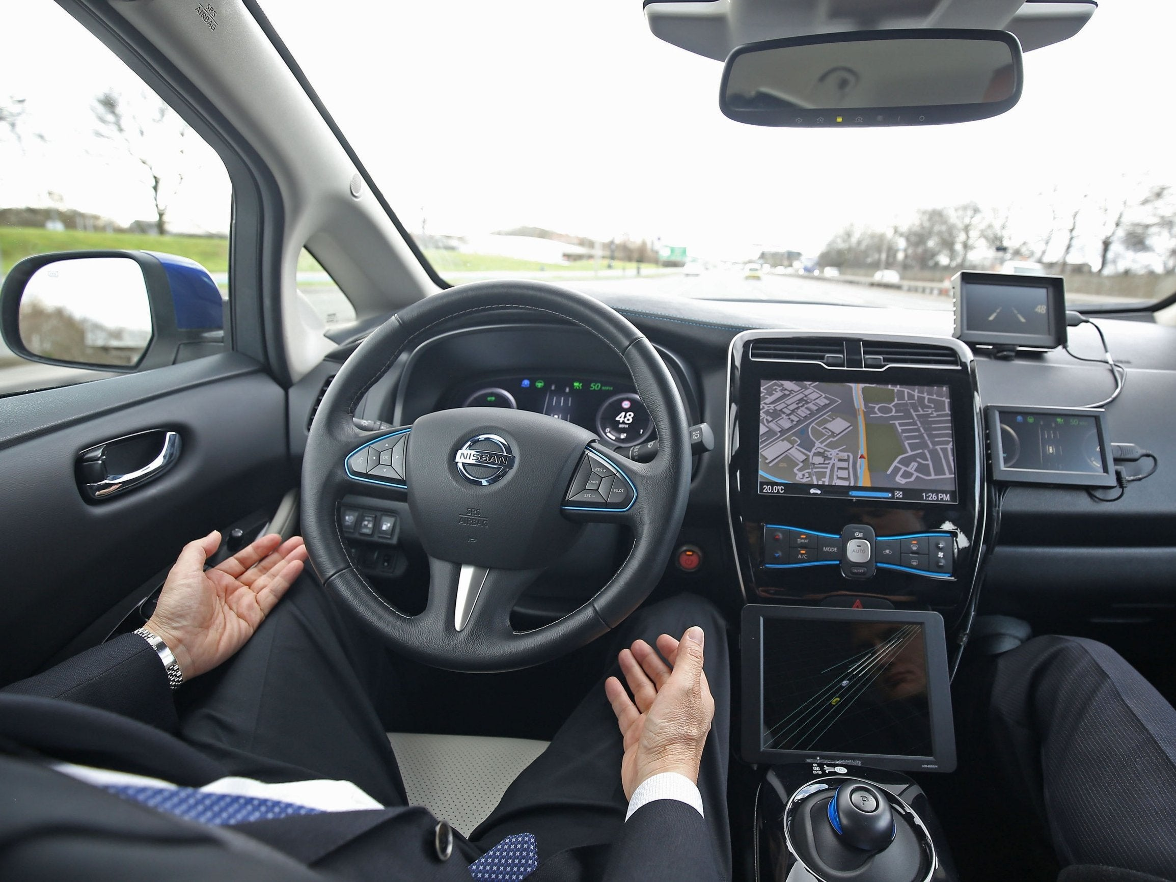 Driverless cars to be rolled out on UK roads by end of 2019, government announces
