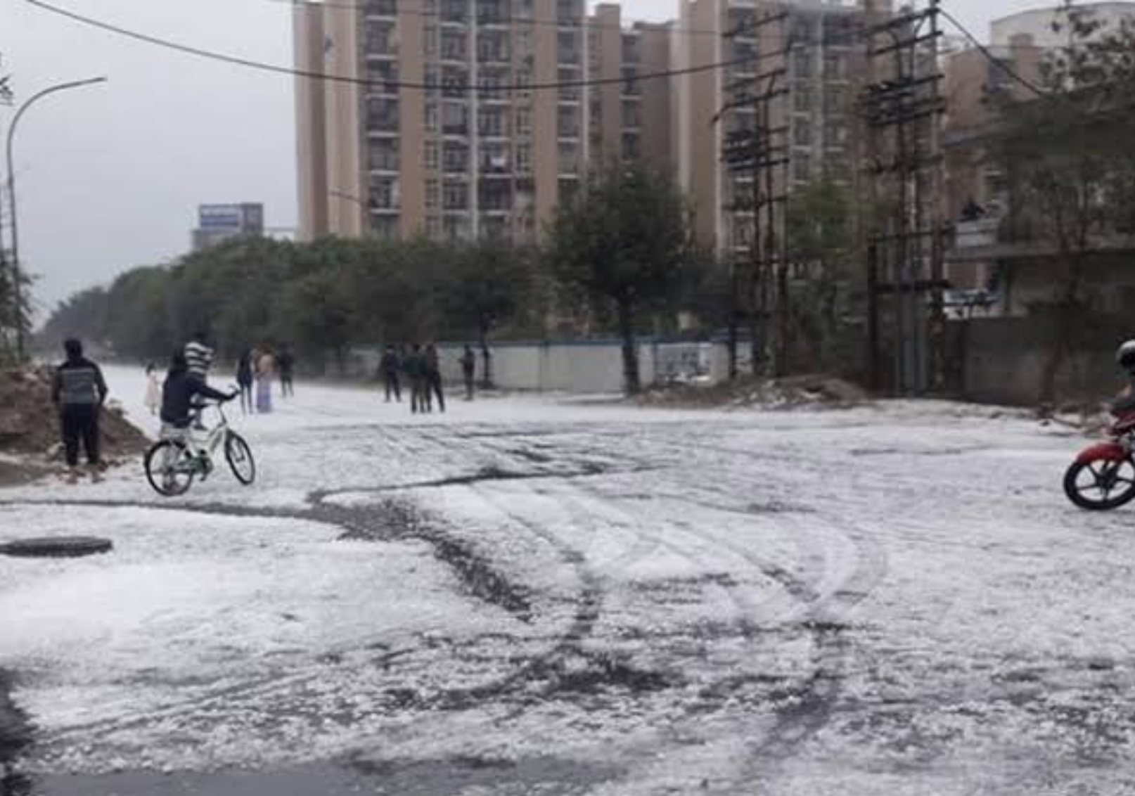 Delhi hail storm: 'Once a decade' freak downpour coats Indian capital in white