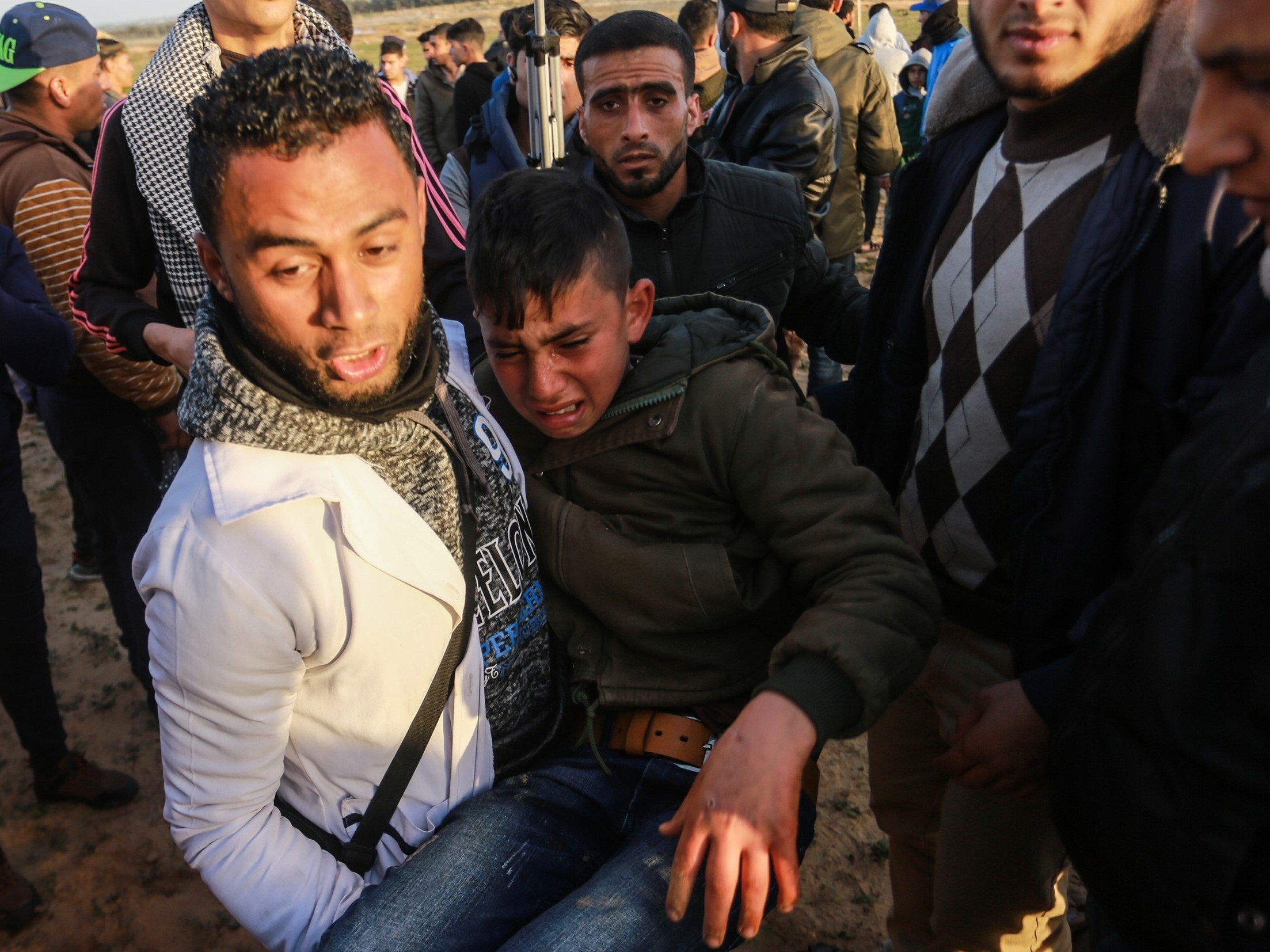 Israel shoots dead two Palestinian teenagers on Gaza border