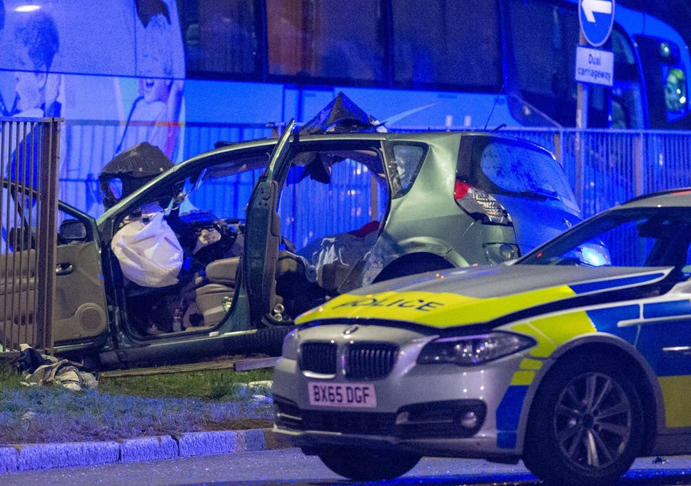 Two Dead In London Police Chase After Car Drives Down Wrong Side Of