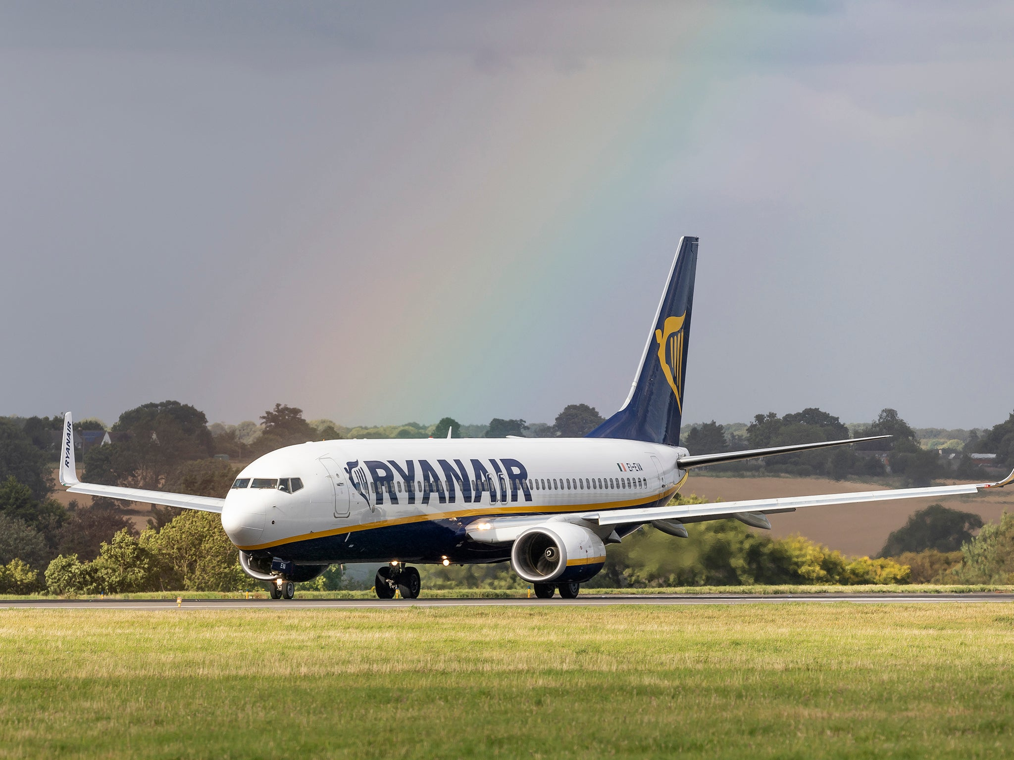 Holidaymaker accuses men of homophobic abuse on Ryanair flight