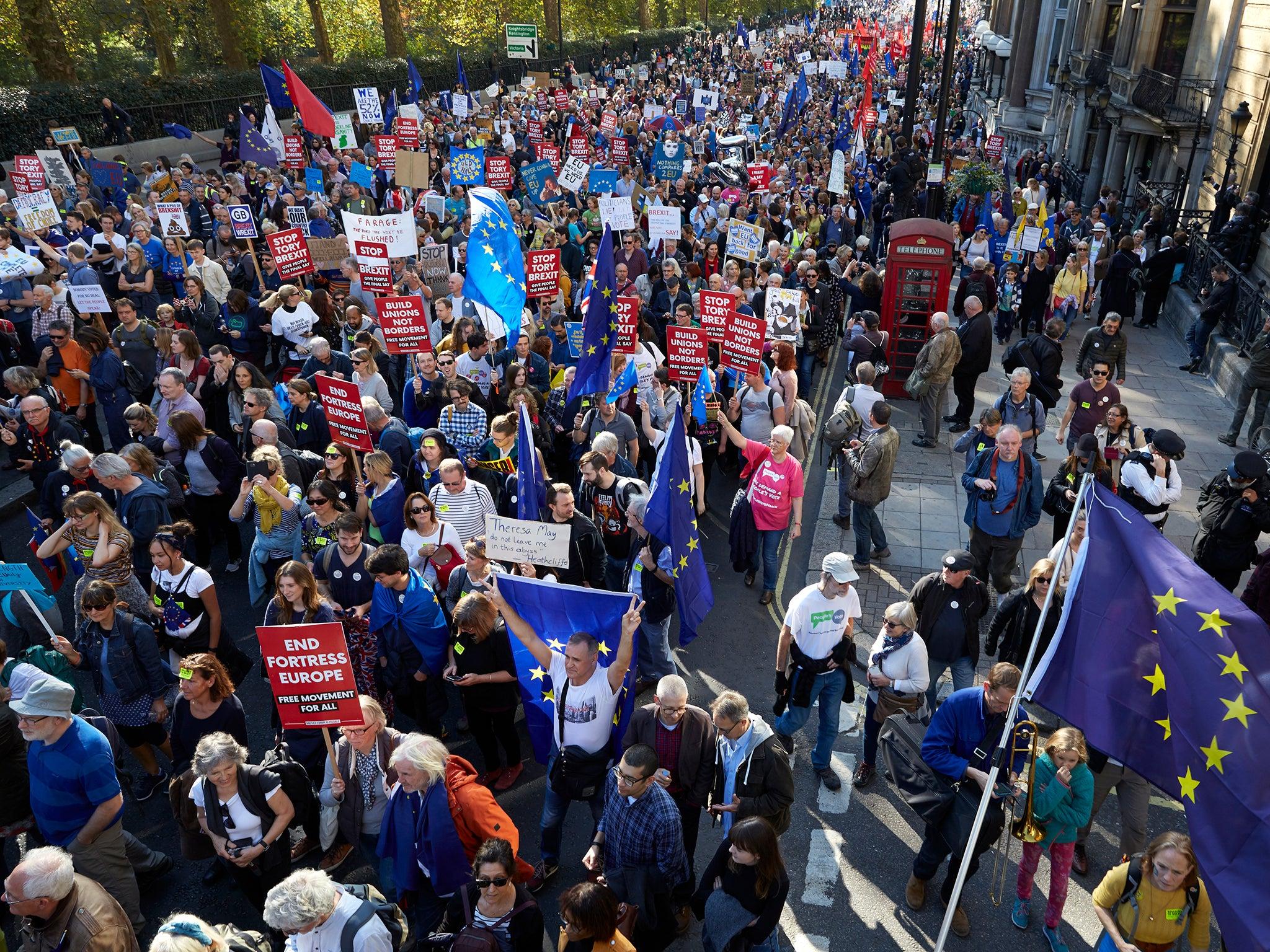 Senior Conservative under fire after dismissing march for fresh Brexit referendum as 'desperate stuff'