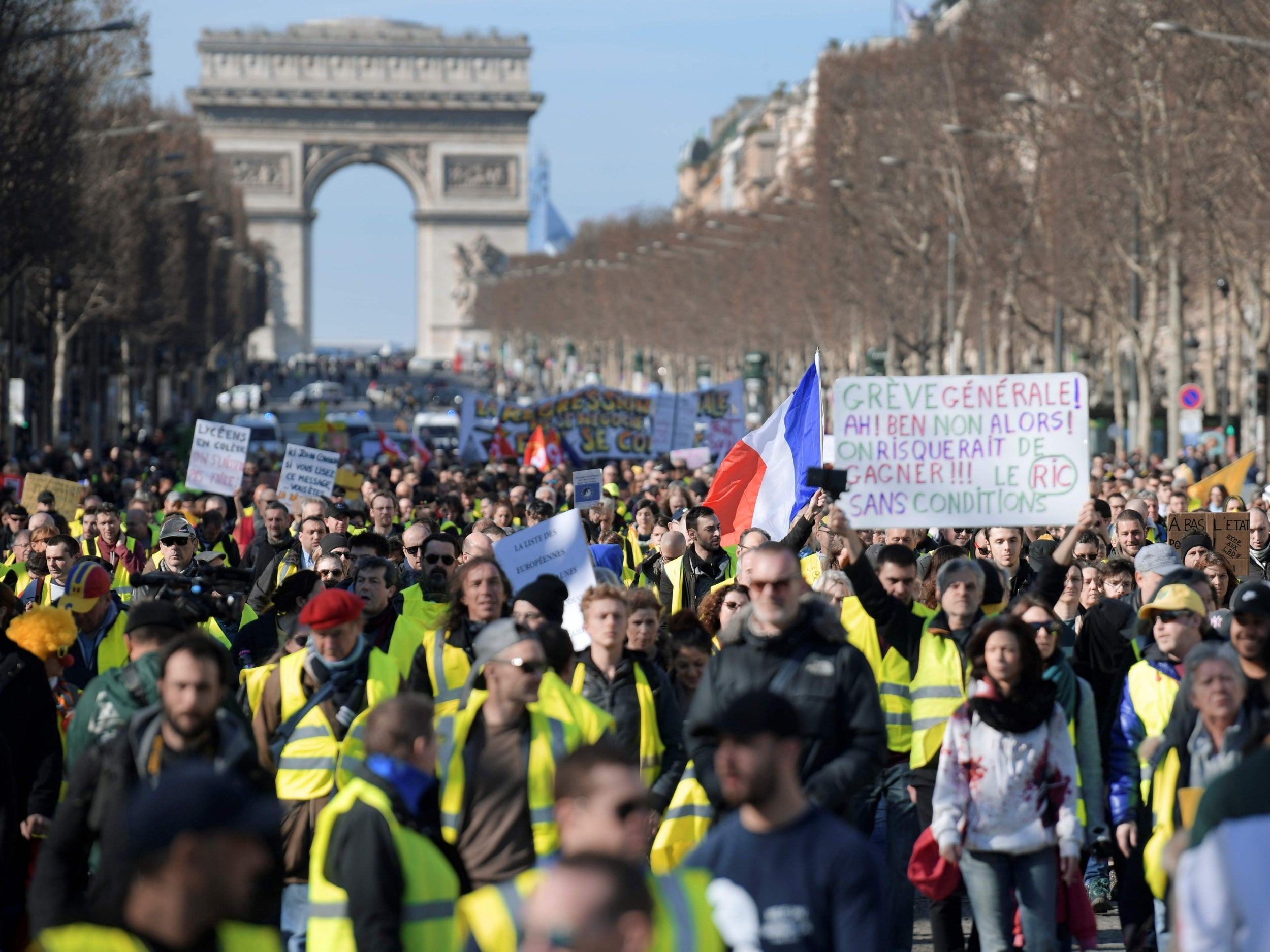 The gilets jaunes in France give us a very important lesson