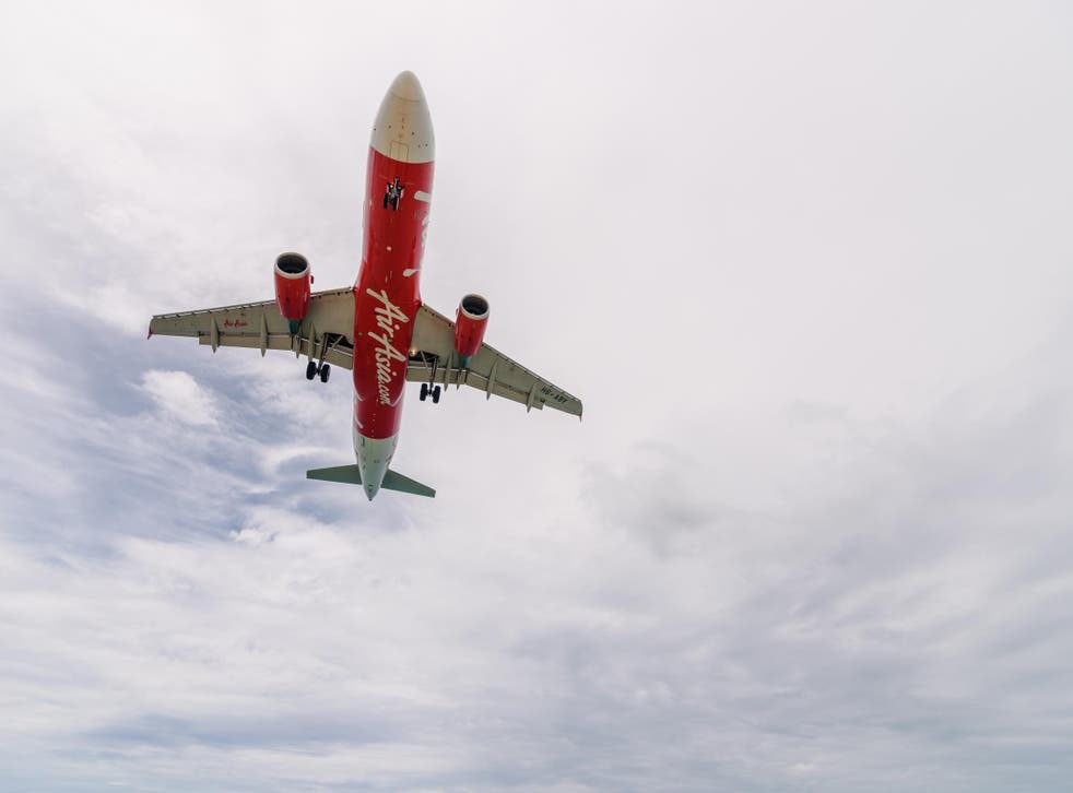 AirAsia is to launch a restaurant