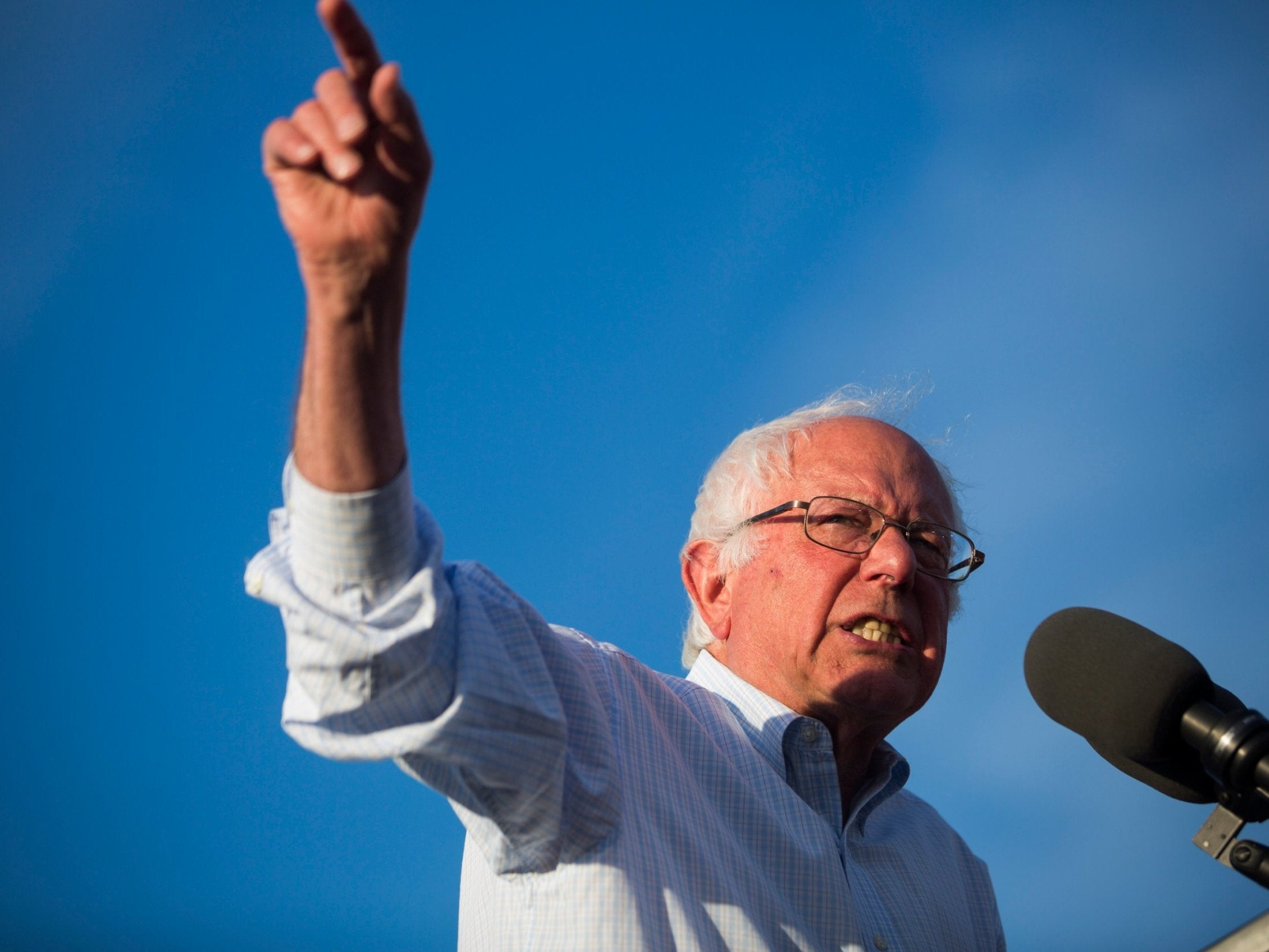 Bernie Sanders 2020: Democrat raises more than $1m in first few hours after entering race