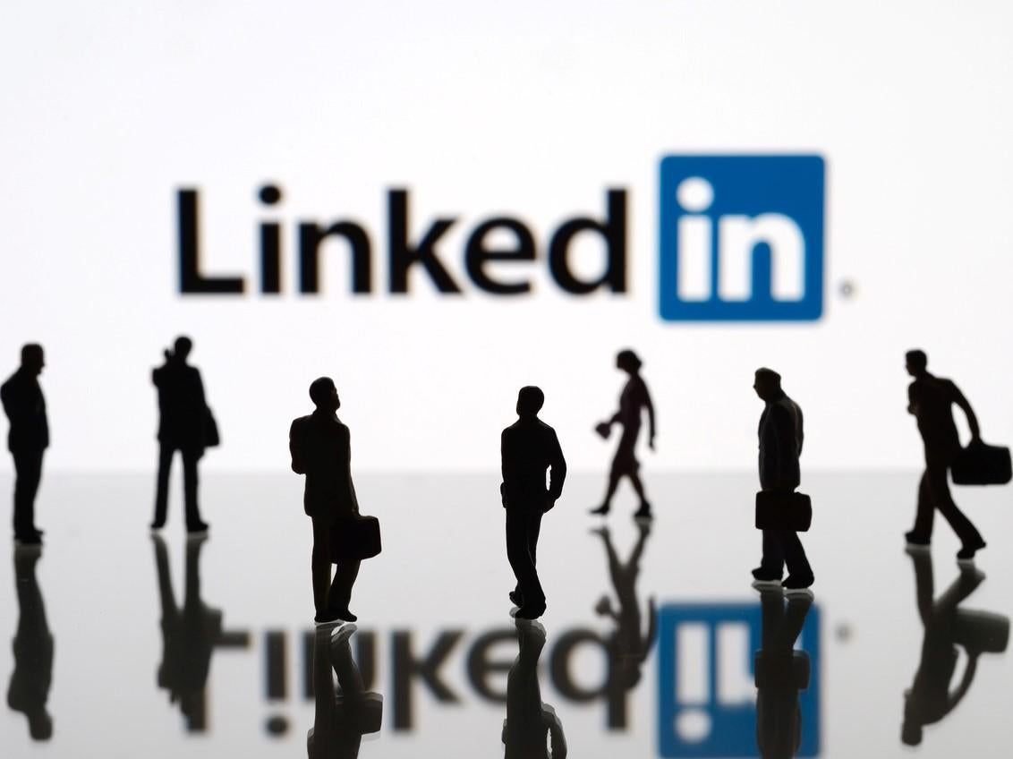 LinkedIn scam warning: Cyber criminals demand bitcoin ransom in 'sextortion' schemes