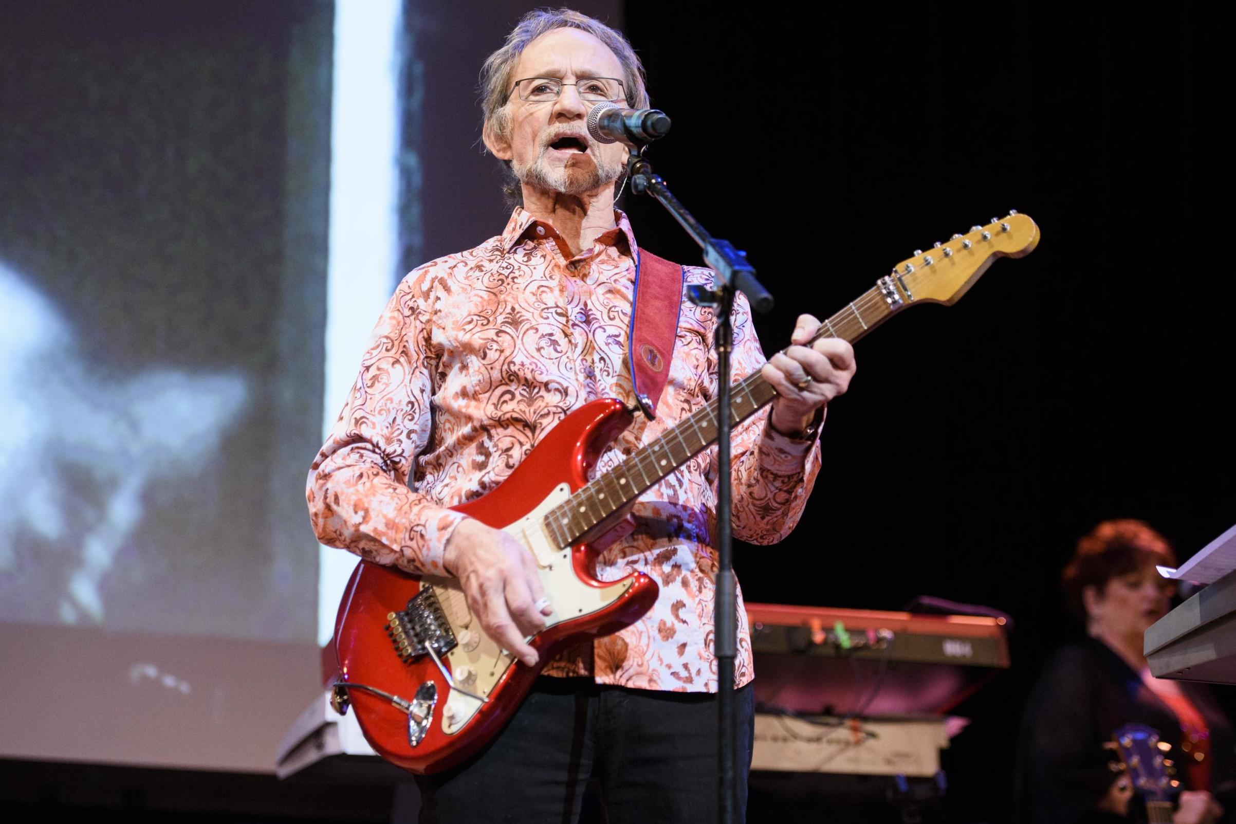 Peter Tork death: Monkees singer dies after being diagnosed with