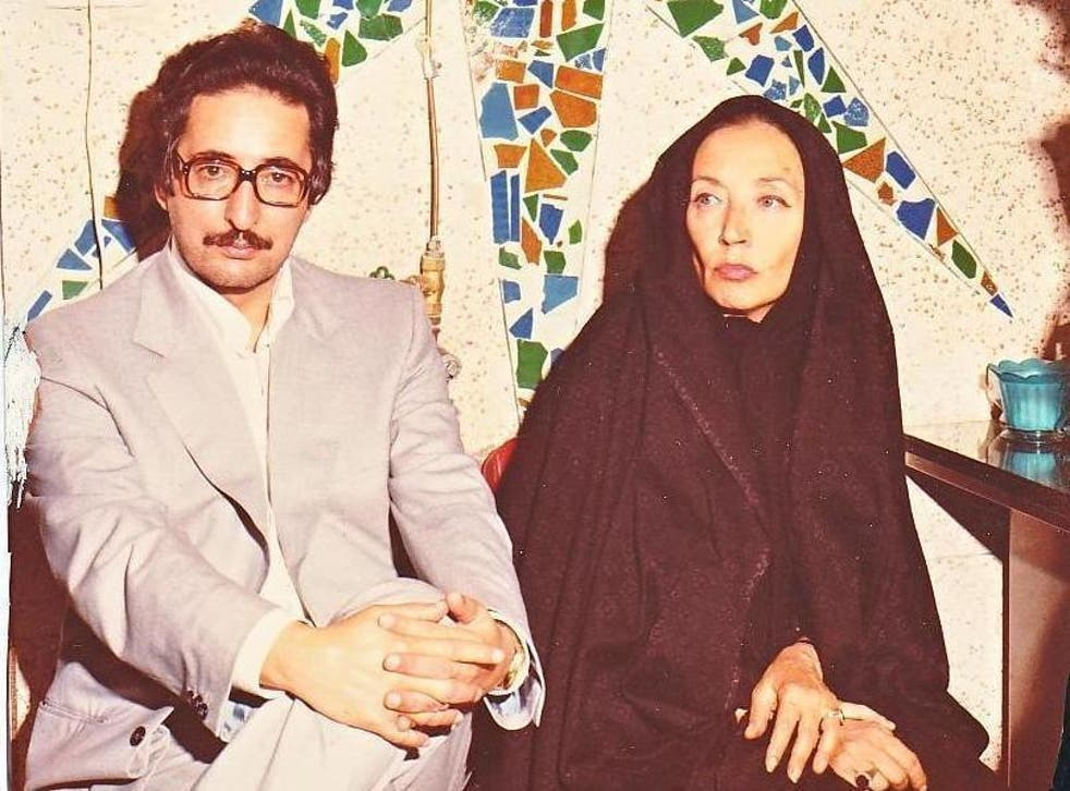 Fallaci in Iran with Abolhassan Banisadr, the Islamic Republic's first prime minister, in 1979