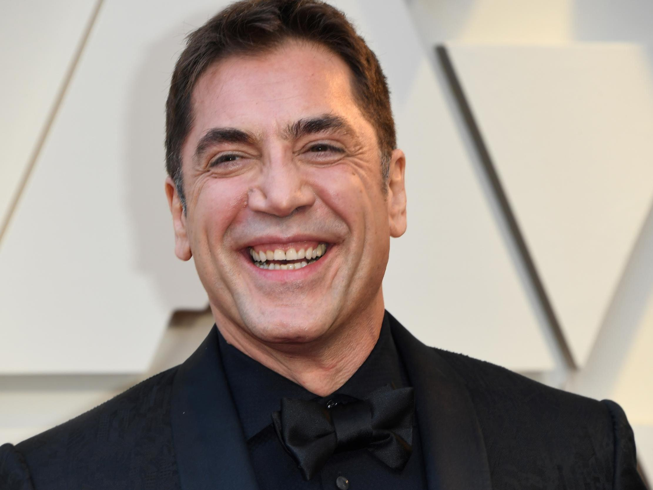 Oscars 2019: Twitter Reacts As Javier Bardem Rocks Out To