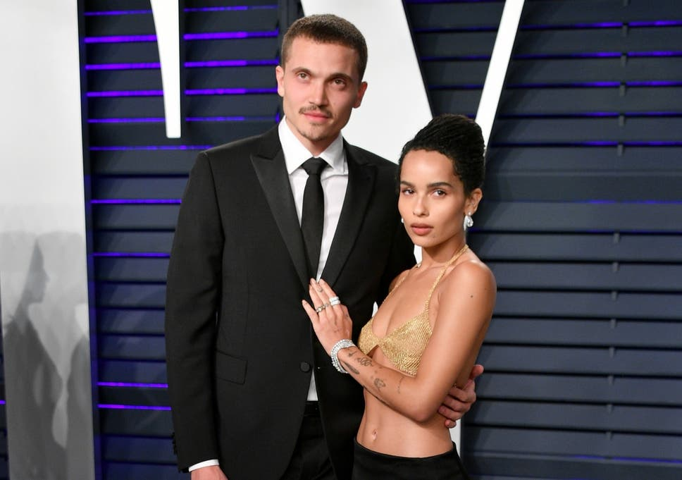 Zoe Kravitz Marries Karl Glusman At Her Father S Paris