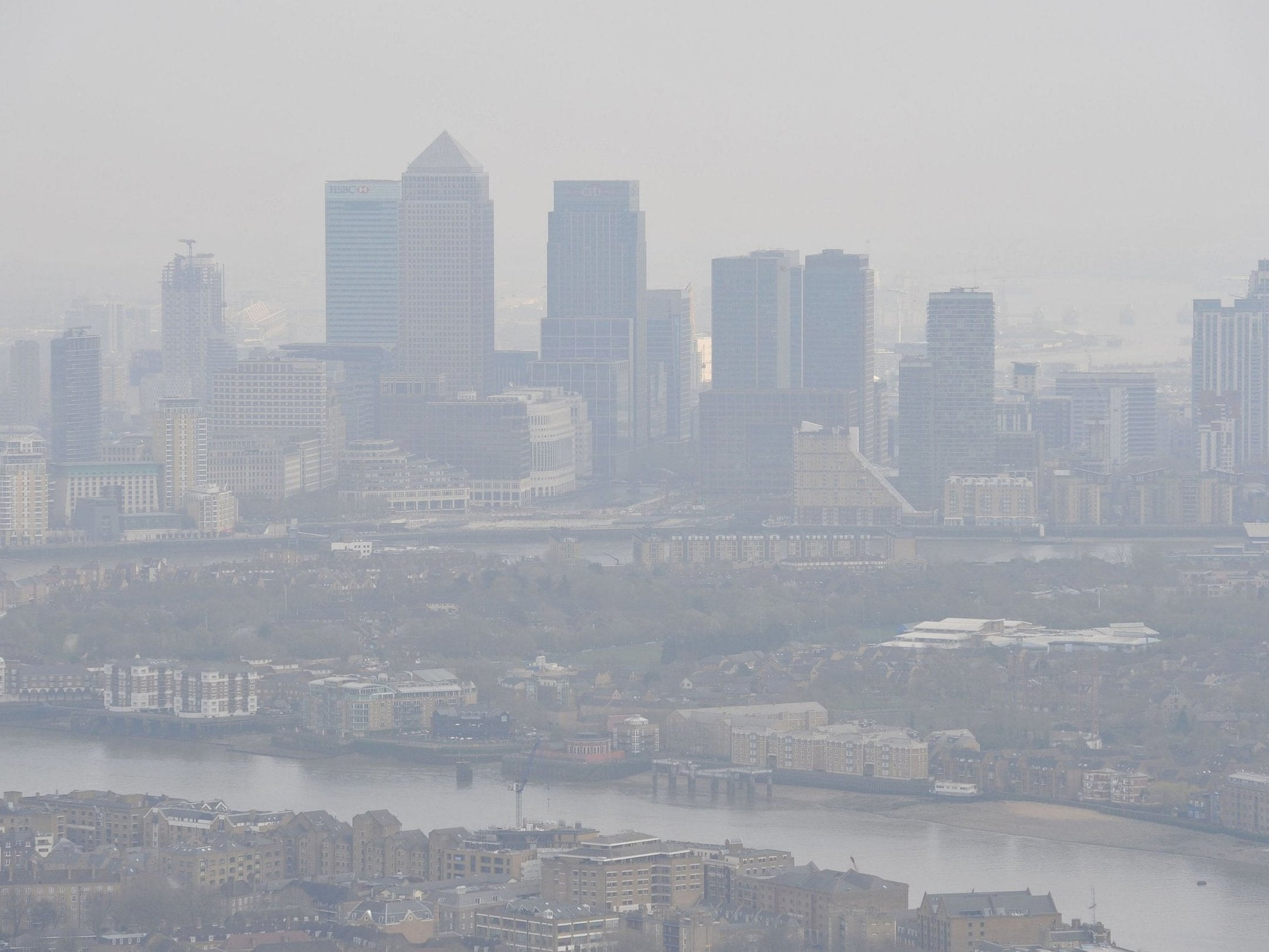 Cars should be banned near schools to tackle air pollution, says public health chief
