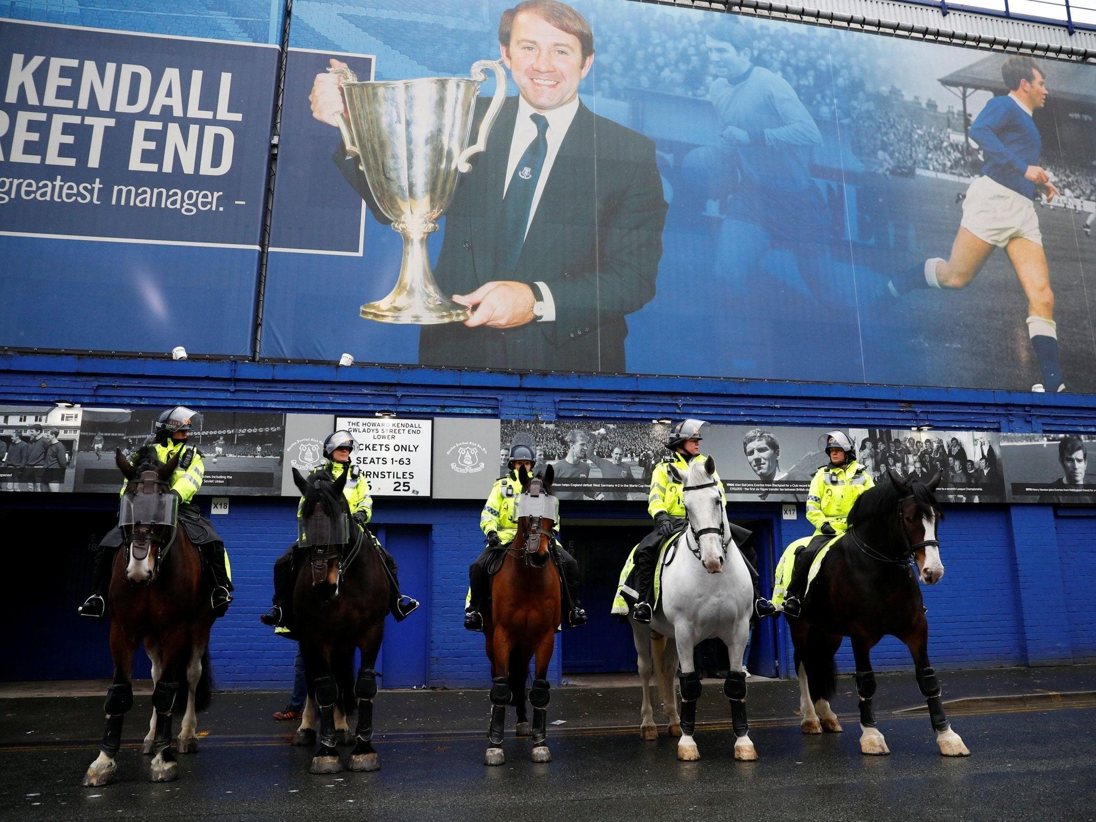 Everton vs Liverpool - LIVE: Stream, score, goals and ...