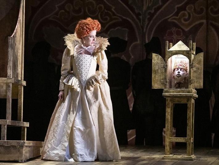 Elisabetta, regina d'Inghilterra, Hackney Empire, review: A well-nigh perfect evening