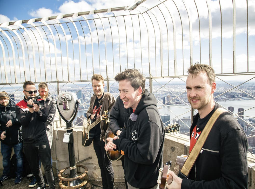 Picture This at a (chilly) performance at the top of the Empire State Building