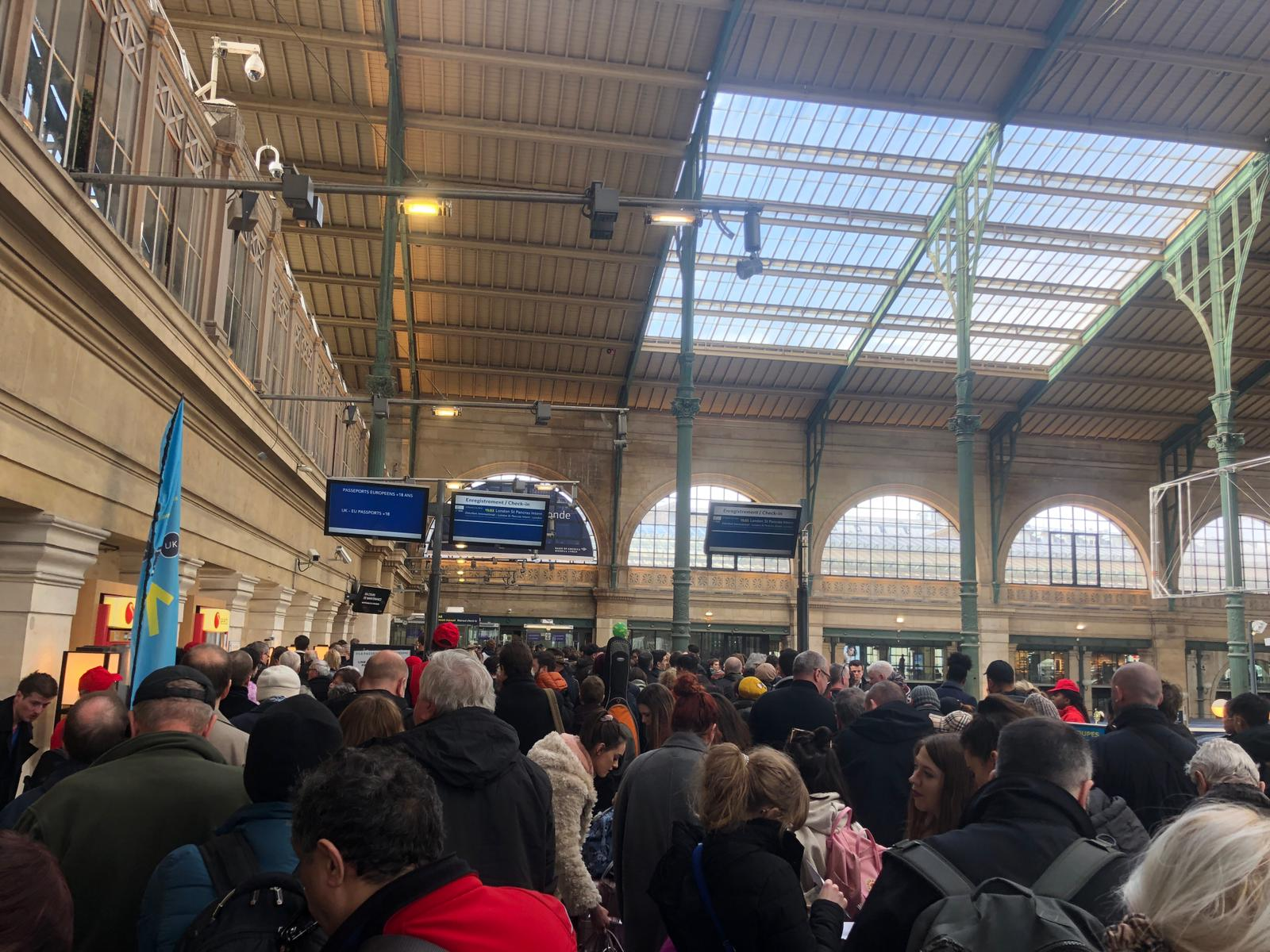 Brexit Hour Long Queues For Eurostar Passengers After Border Guards Stage No Deal Border Checks Trial In Paris The Independent The Independent