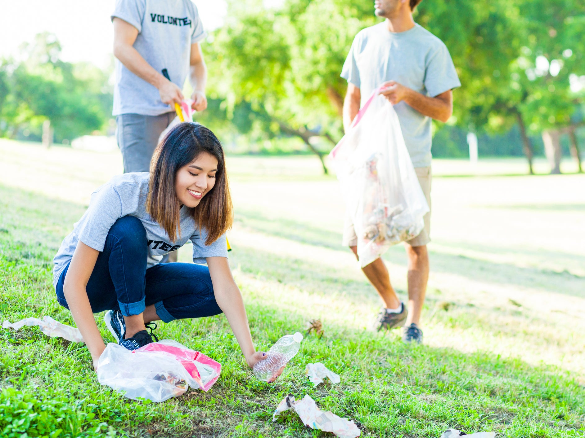 #Trashtag: Viral litter clean-up challenge inspires Internet users to 'make the world a better place'