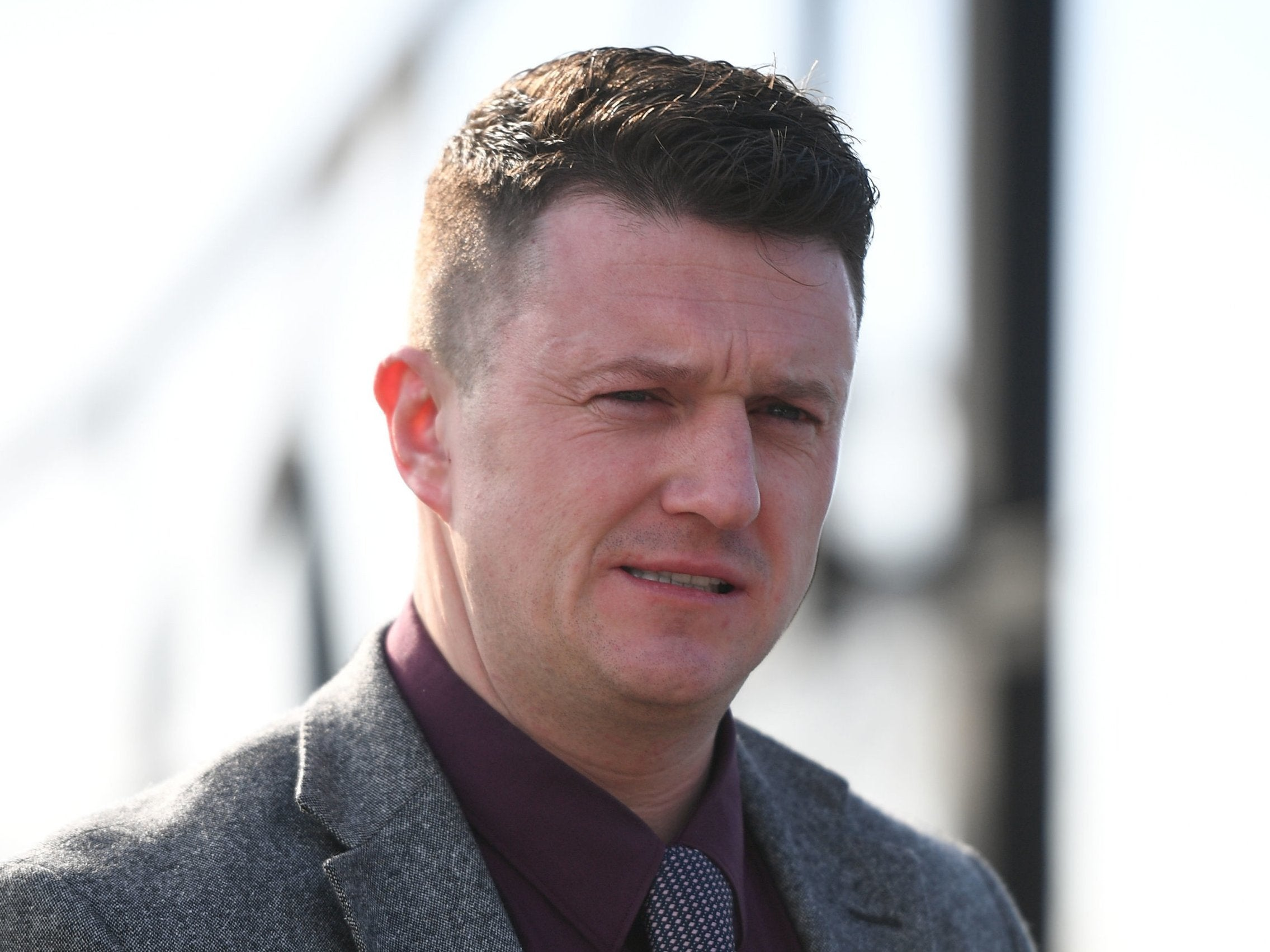 Tommy Robinson contempt of court hearing over Facebook video delayed