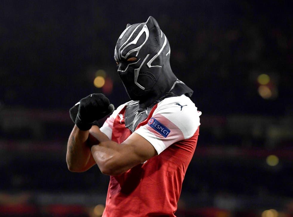 Pierre-Emerick Aubameyang celebrates scoring Arsenal's third