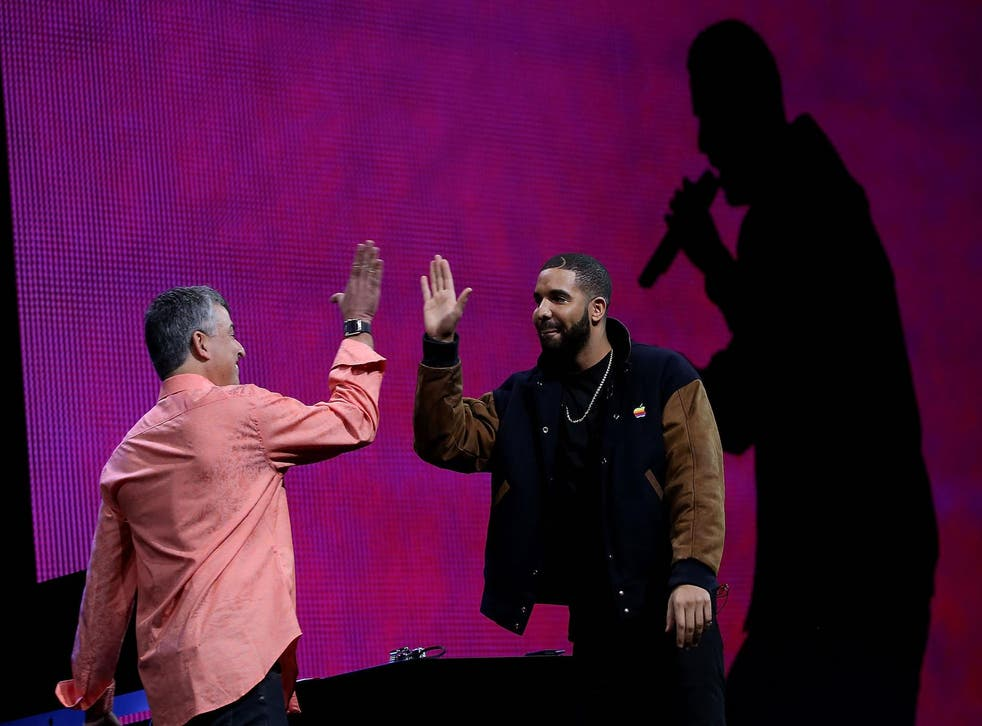Drake announces the launch of Apple Music in 2015
