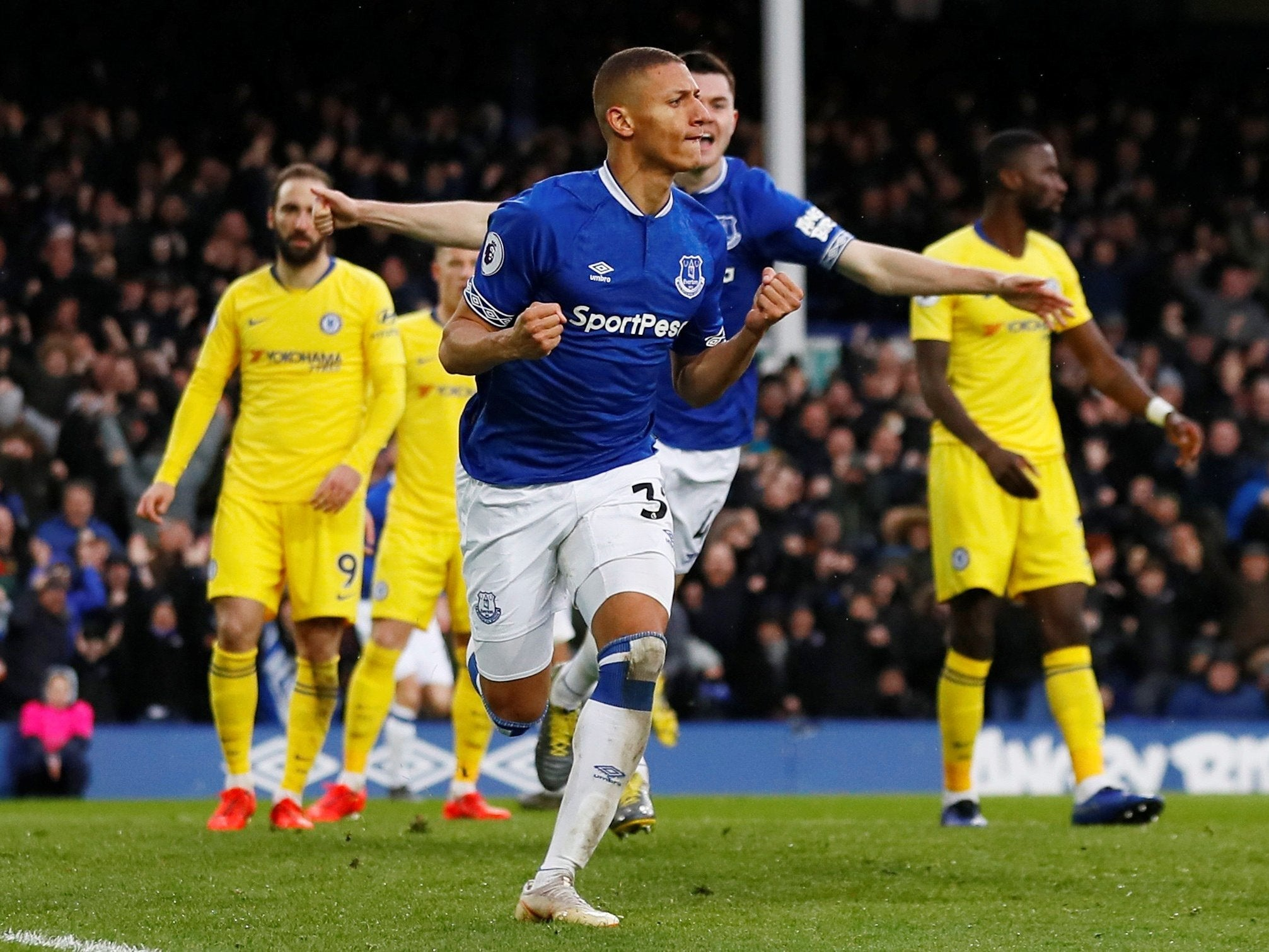 Everton vs Chelsea LIVE stream online: Latest score, goals ...