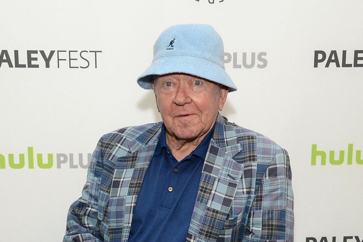 Richard Erdman death: Community actor who played Leonard on the show dies aged 93