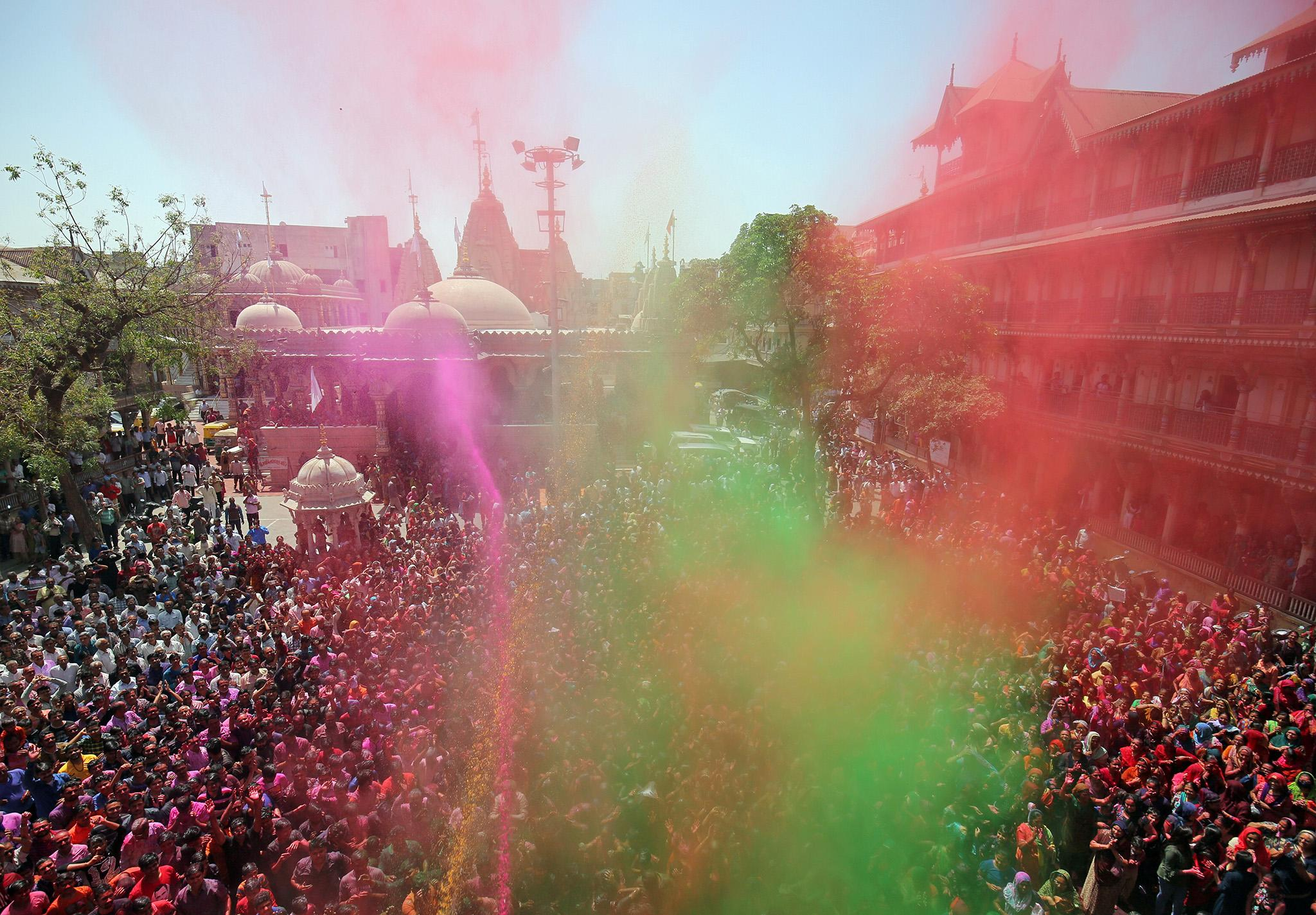 Holi 2019: When is the Indian Festival of Colours and how is