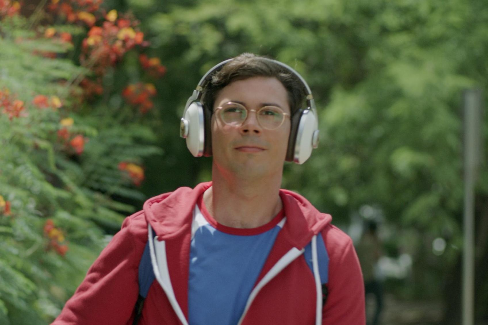 Special trailer: New Netflix series' lead character is gay and has cerebral palsy