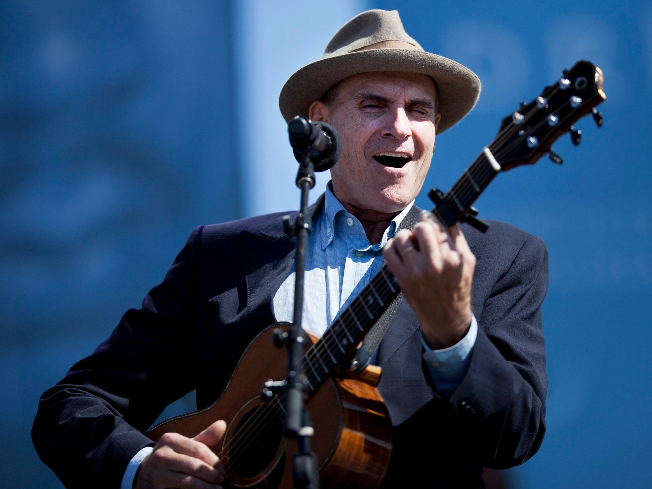 From Joni Mitchell to James Taylor: How singing voices can