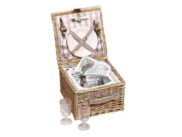 National Picnic Week Best Picnic Baskets For The Ultimate Alfresco Dining Experience The Independent