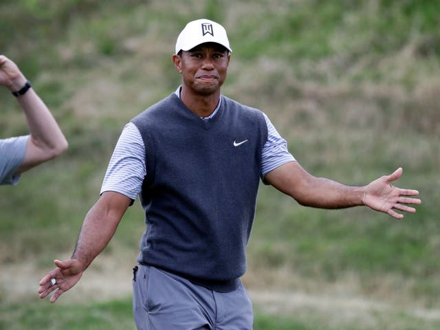 Tiger Woods beat Patrick Cantlay to reach the last-16 of the WGC Match Play