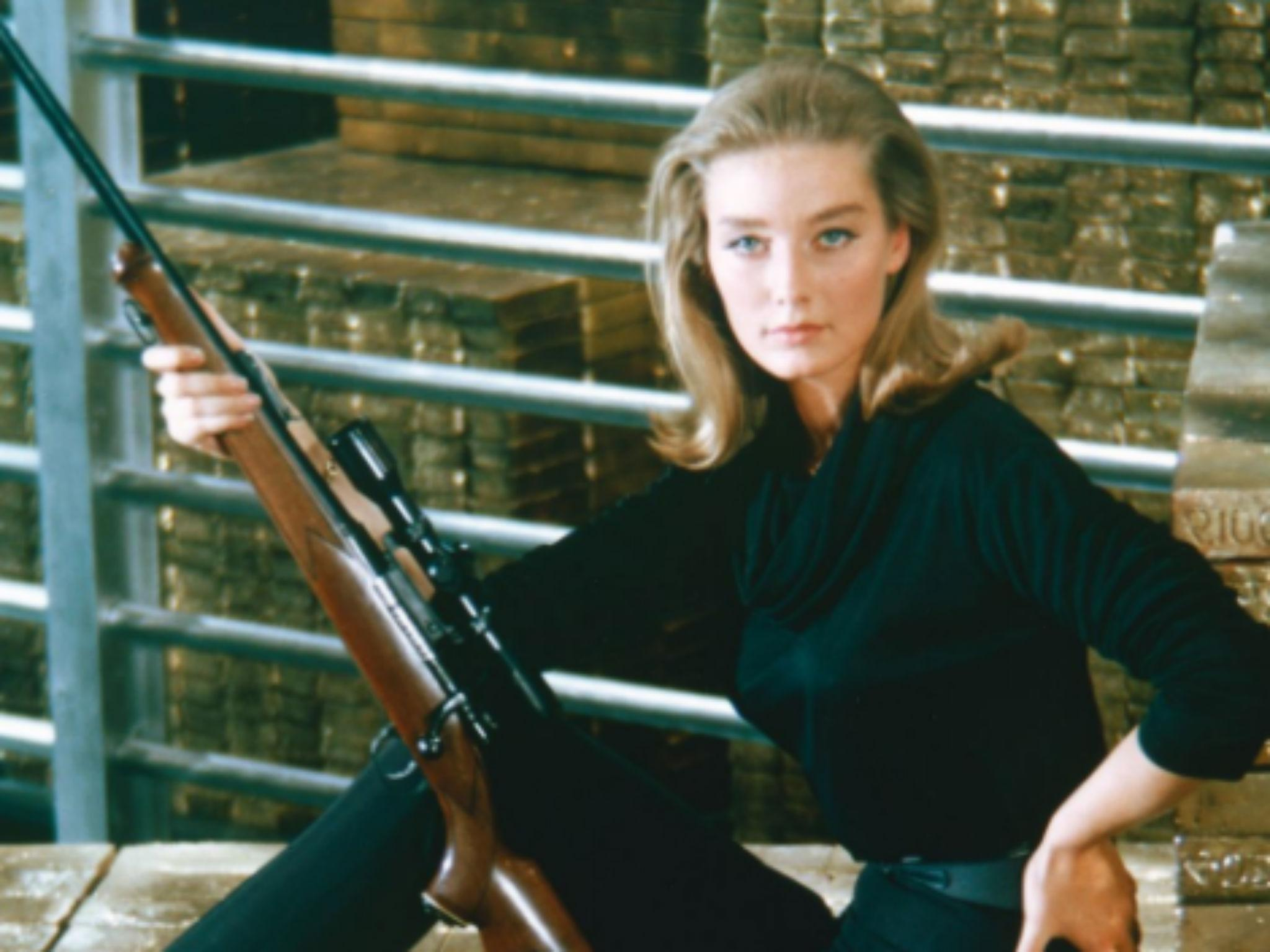 Tania Mallet death: Bond girl who starred in Goldfinger dies aged 77