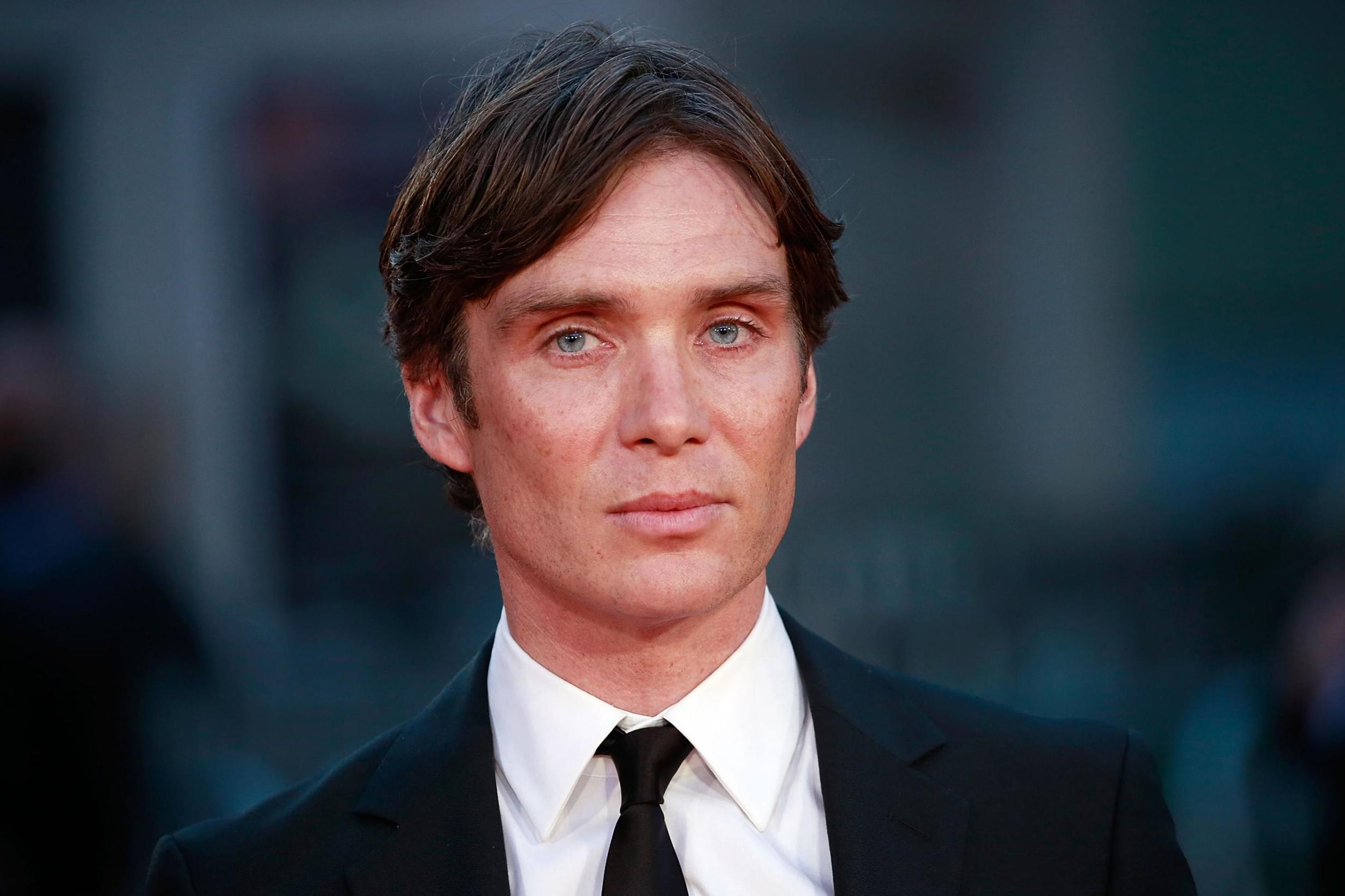 The 44-year old son of father (?) and mother(?) Cillian Murphy in 2020 photo. Cillian Murphy earned a million dollar salary - leaving the net worth at million in 2020