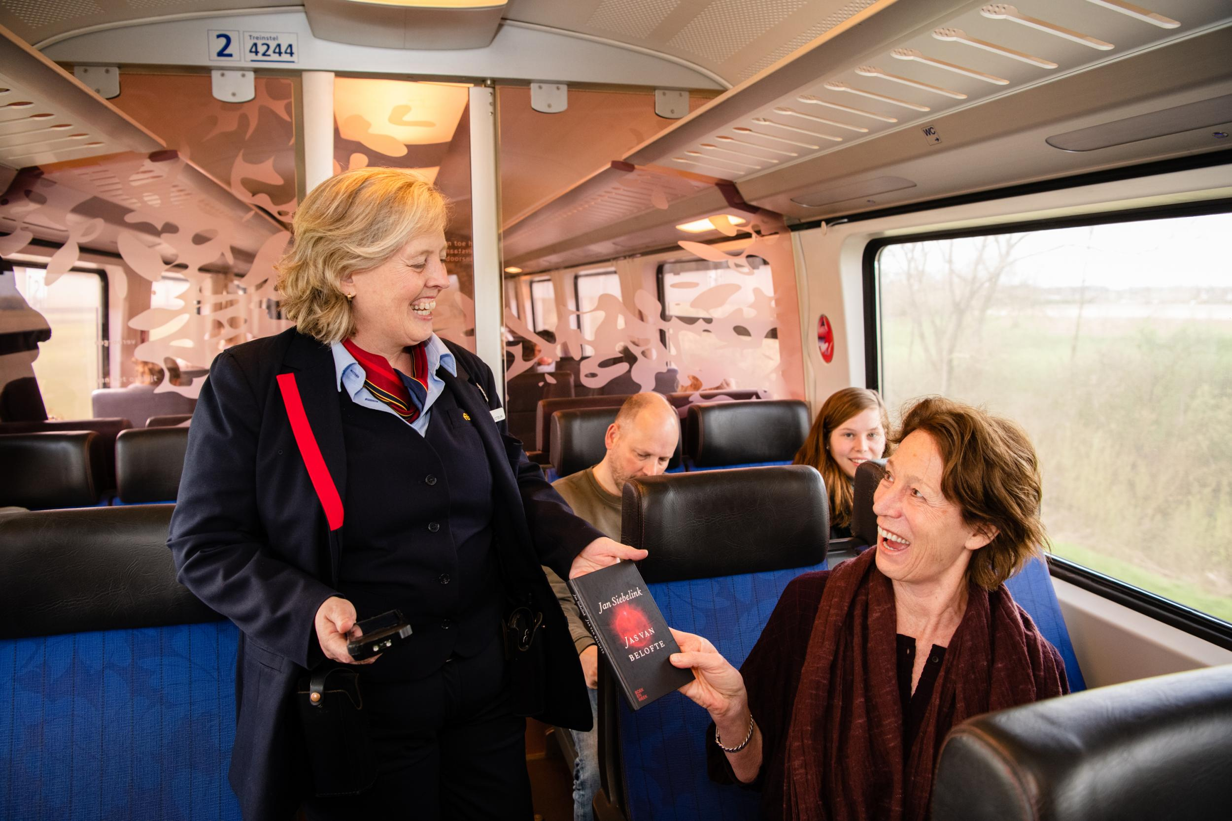 Netherlands makes trains free on national book day for those who show a book instead of ticket
