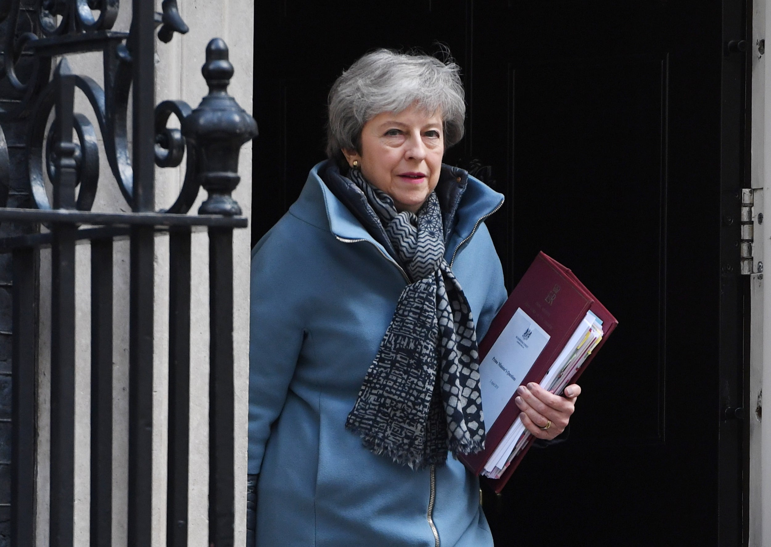 Brexit delay: Theresa May writes to Donald Tusk to ask for