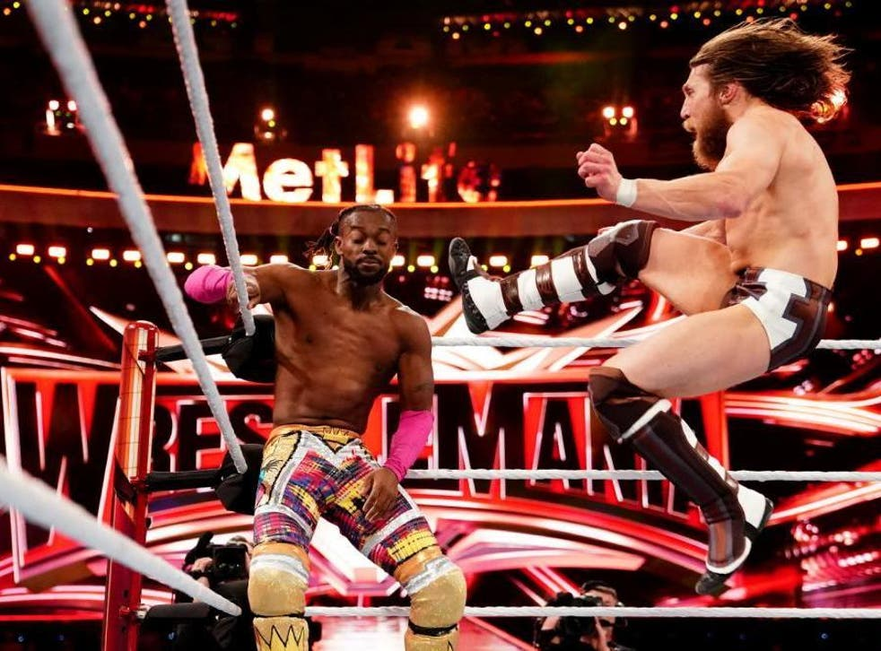 Kofi Kingston and Daniel Bryan battle at Wrestlemania (WWE )