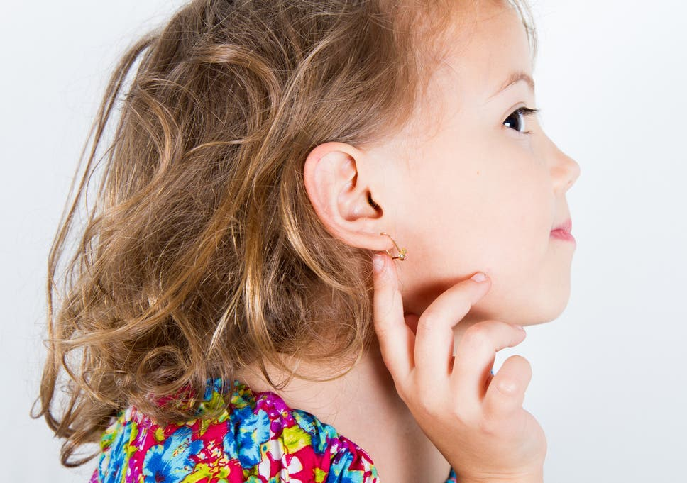 Former Claire S Employee Says Store S Ear Piercing Policy Is A