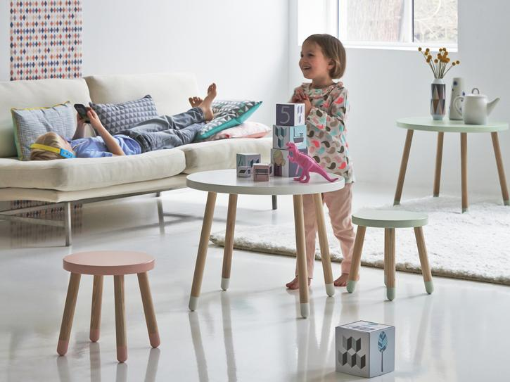 6fc6880178f 10 best kids  tables and chairs
