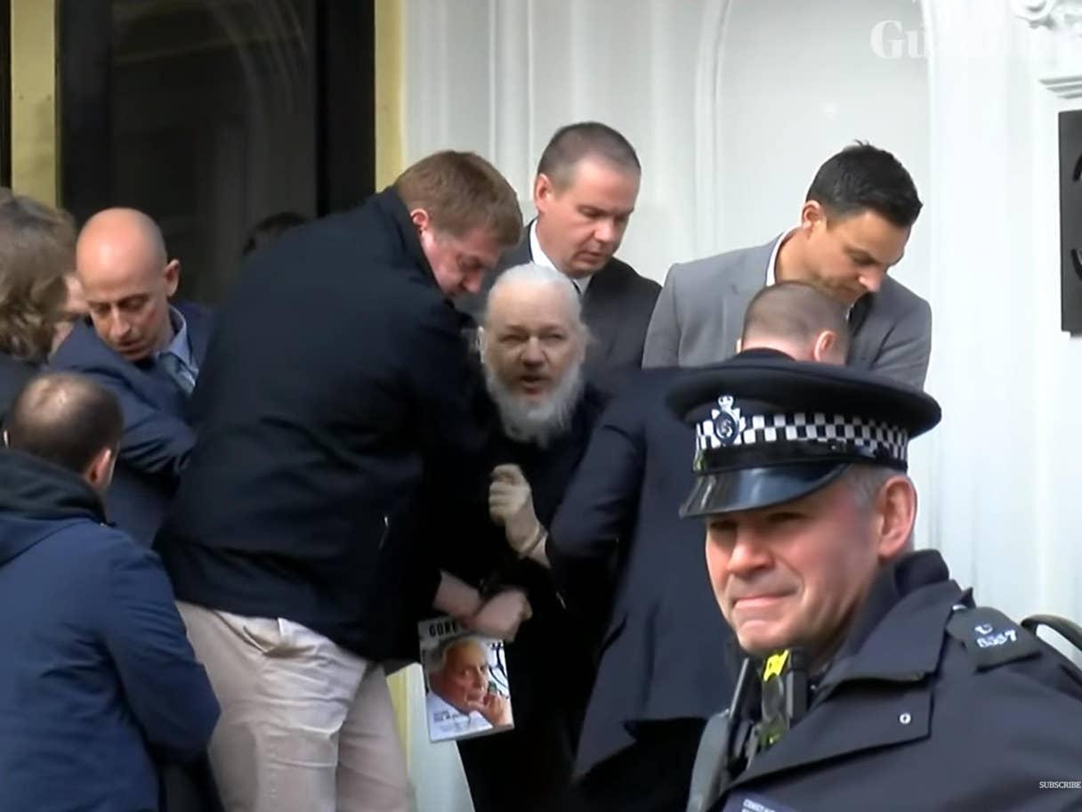 [Image: assange-1.jpg?width=1368&height=...quality=70]