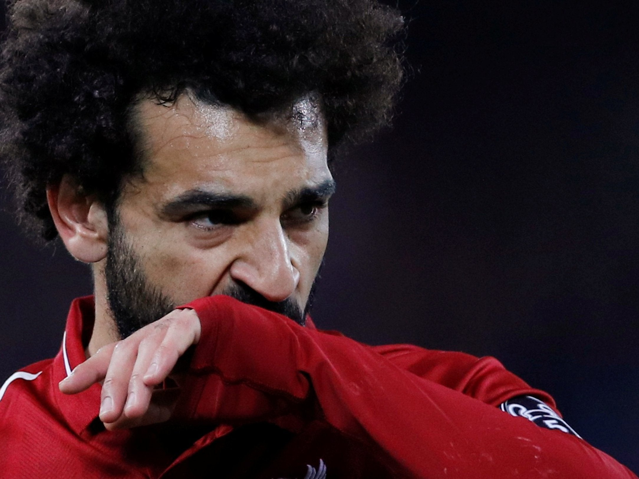 Mohamed Salah: Liverpool condemn 'bomber' chant by Chelsea